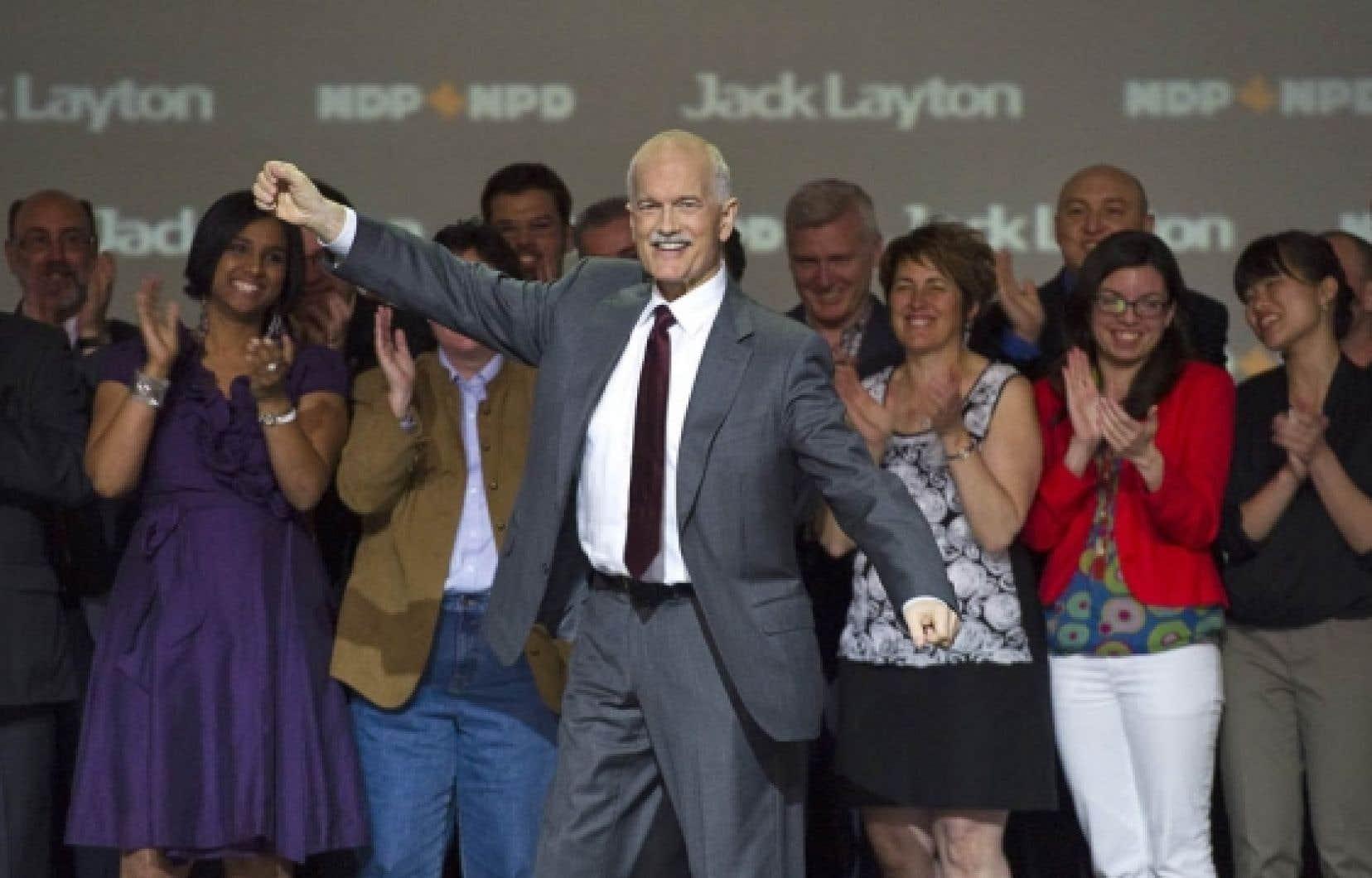 «En faisant du NPD l'opposition officielle à Ottawa, les Canadiens nous ont donné une grande responsabilité, a lancé Jack Layton lors de son discours d'ouverture hier soir.
