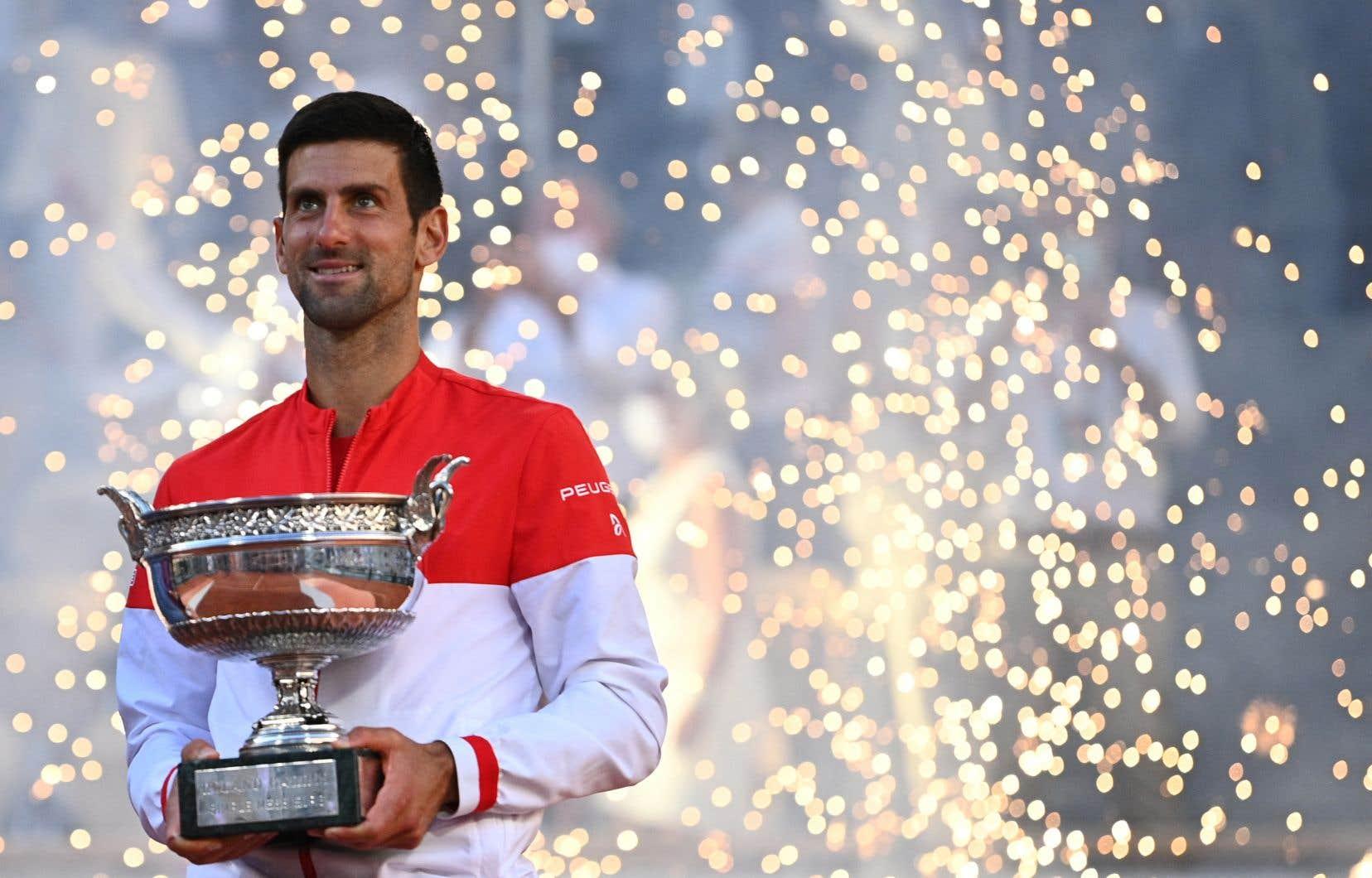 Lorsque Wimbledon se mettra en branle le 28juin, Djokovic sera le double champion en titre et pourrait s'approcher d'un Grand Chelem annuel