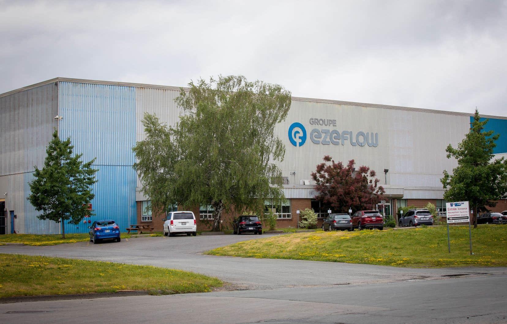 Des travailleurs de l'usine Ezeflow ont sonné l'alarme durant des mois quant à leur sécurité, mais leur employeur et la CNESST ont tardé à agir après un accident grave.