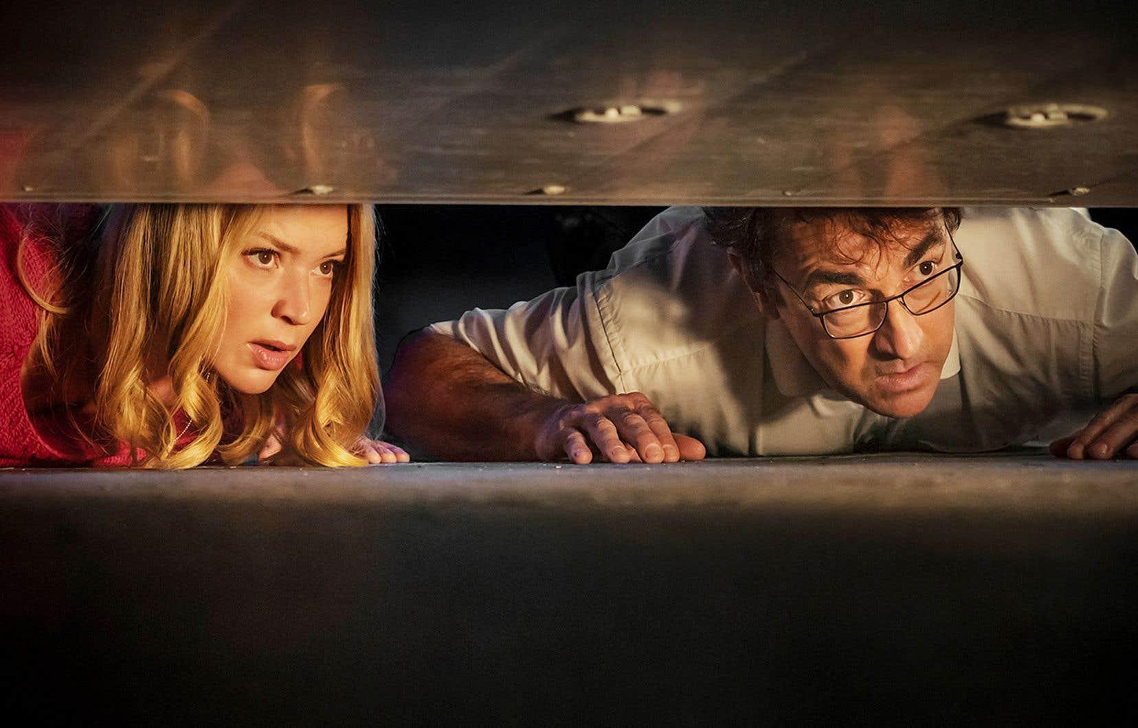 Les acteurs français Virginie Efira et Albert Dupontel dans une scène du long métrage «Adieu les cons»