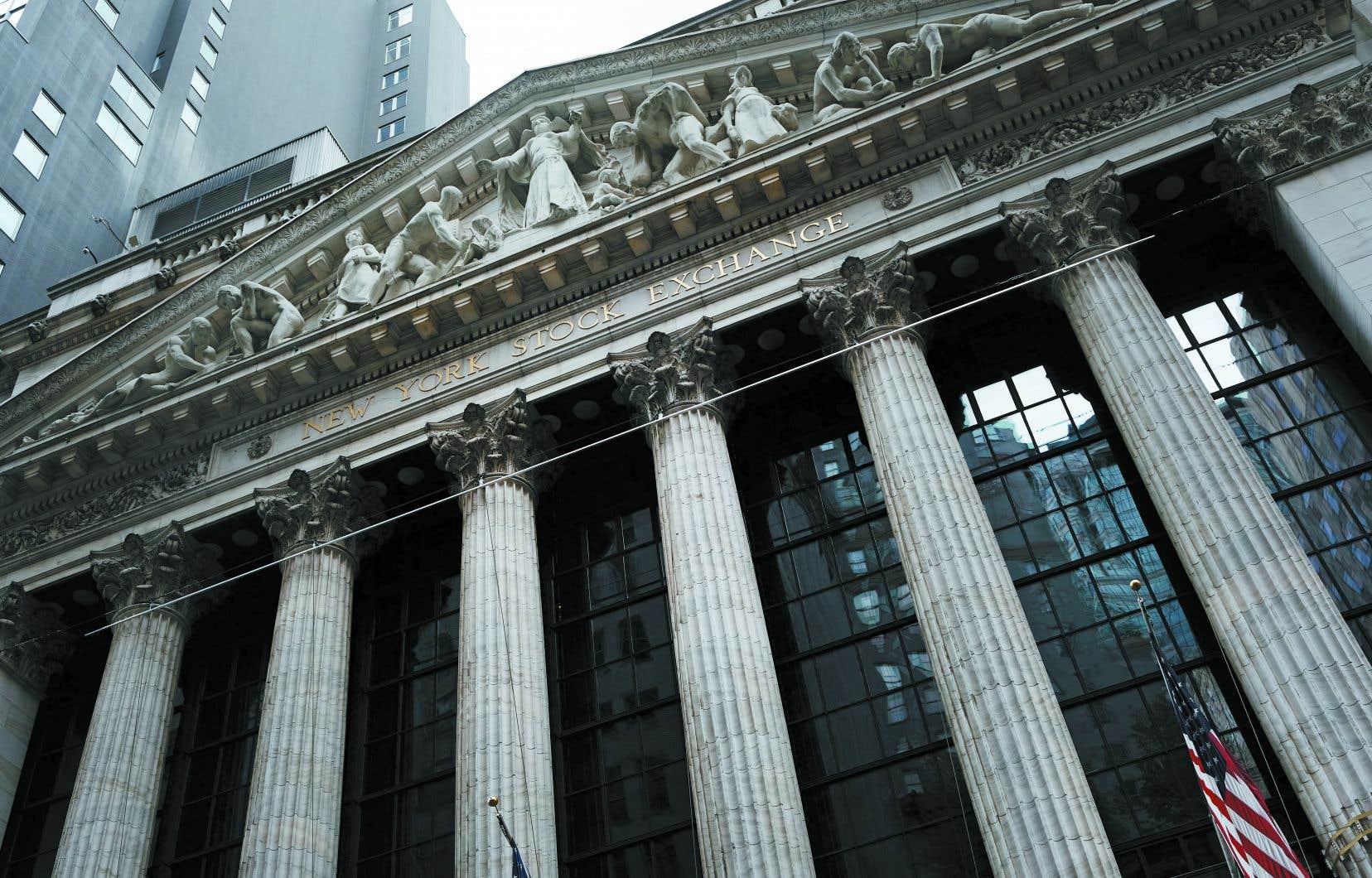 Selon Georges Ugeux, l'actuelle embellie boursière, qui profite à certains plus qu'à d'autres, exacerbe le problème majeur des inégalités sociales, que nous refusons de voir.