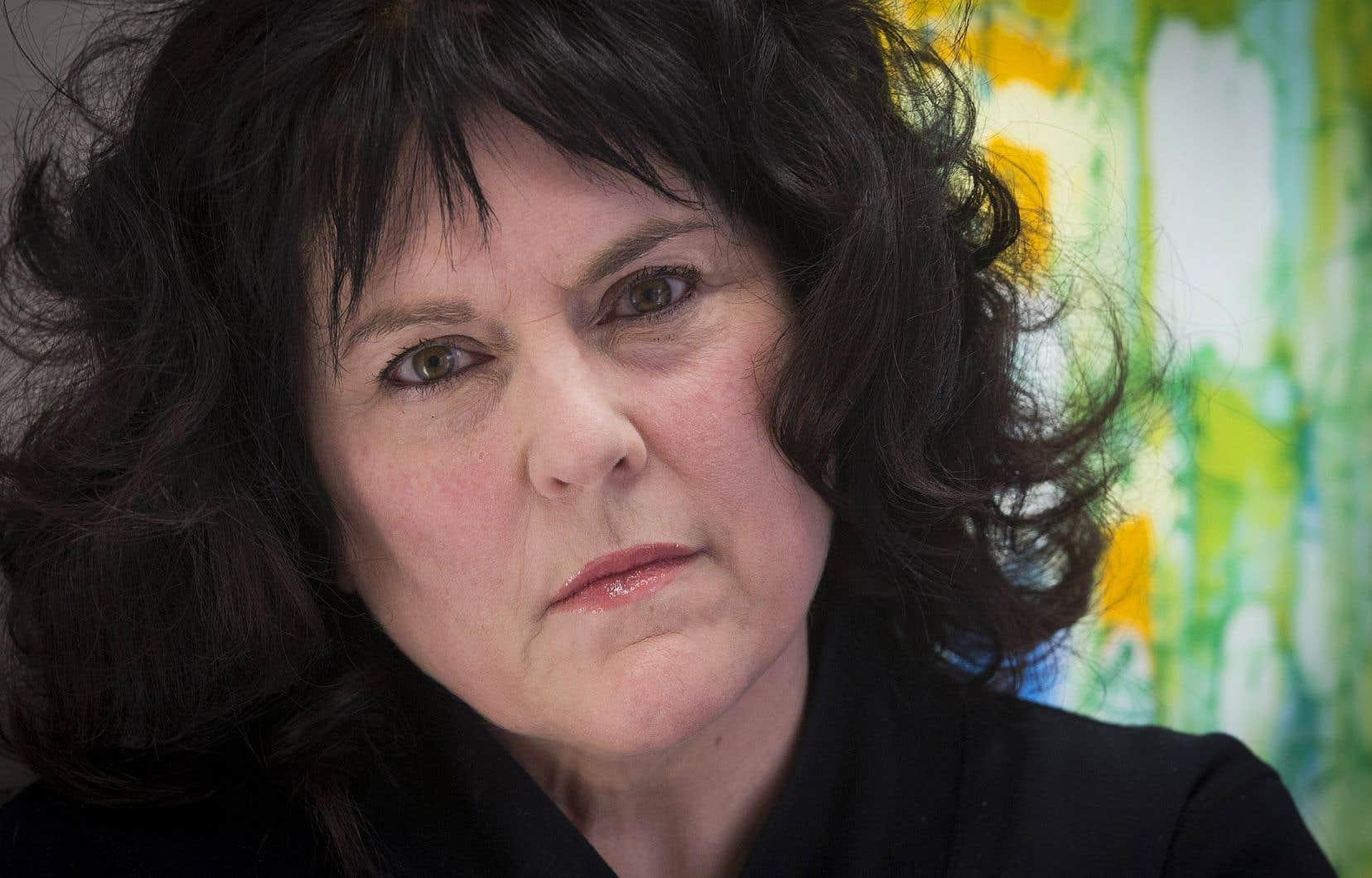 «L'histoire sordide et humiliante relatée par [M.Rozon] dans le cadre de son procès a engendré un préjudice distinct de celui relié aux agressions sexuelles dont [Annick Charette] avait été victime 40ans plus tôt», est-il écrit dans la requête au civil.