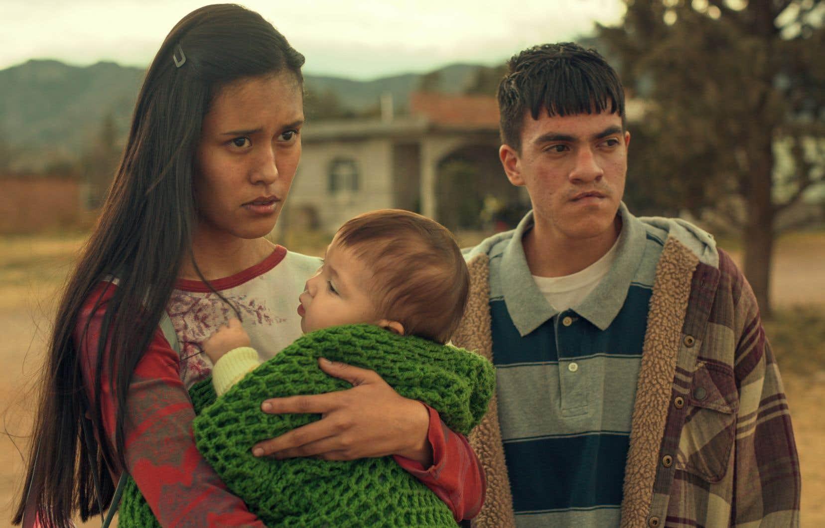 Les acteurs Natalia Martinez (Aracely) et Jesus Sida (Paquito) de la série «Somos».