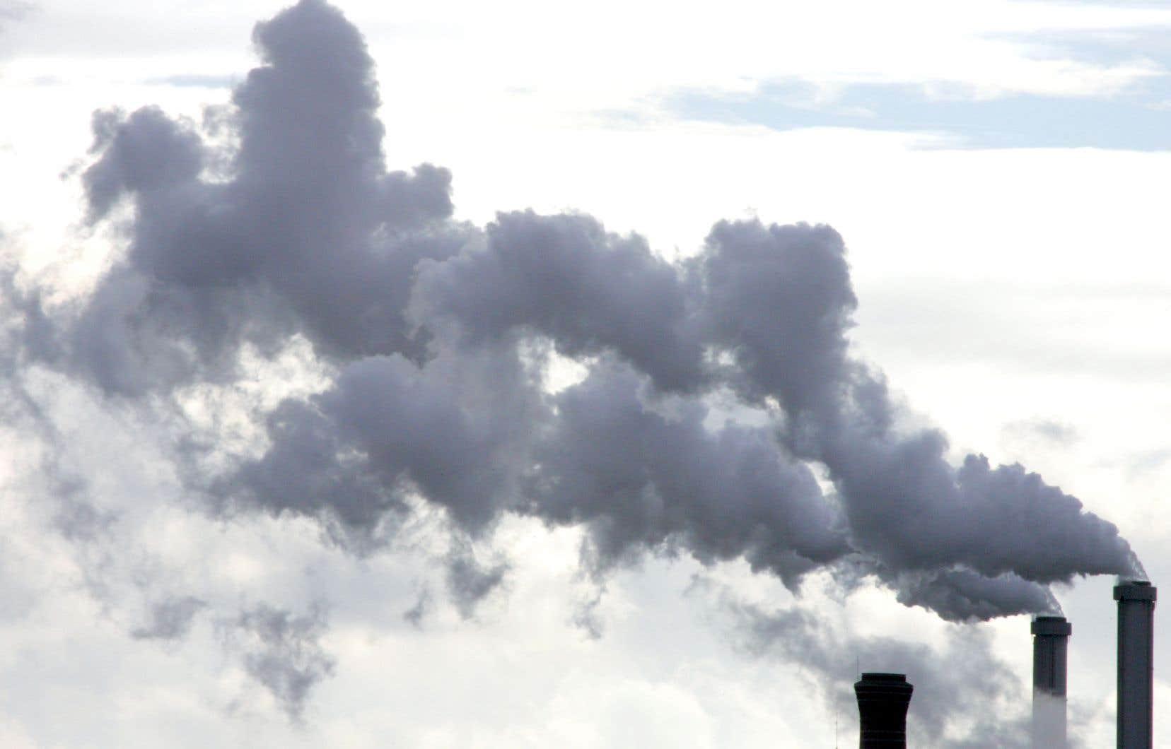 Le premier ministre Justin Trudeau a promis en avril que le Canada réduirait d'ici 2030 ses émissions de gaz à effet de serre de 40 à 45 % par rapport aux niveaux de 2005.
