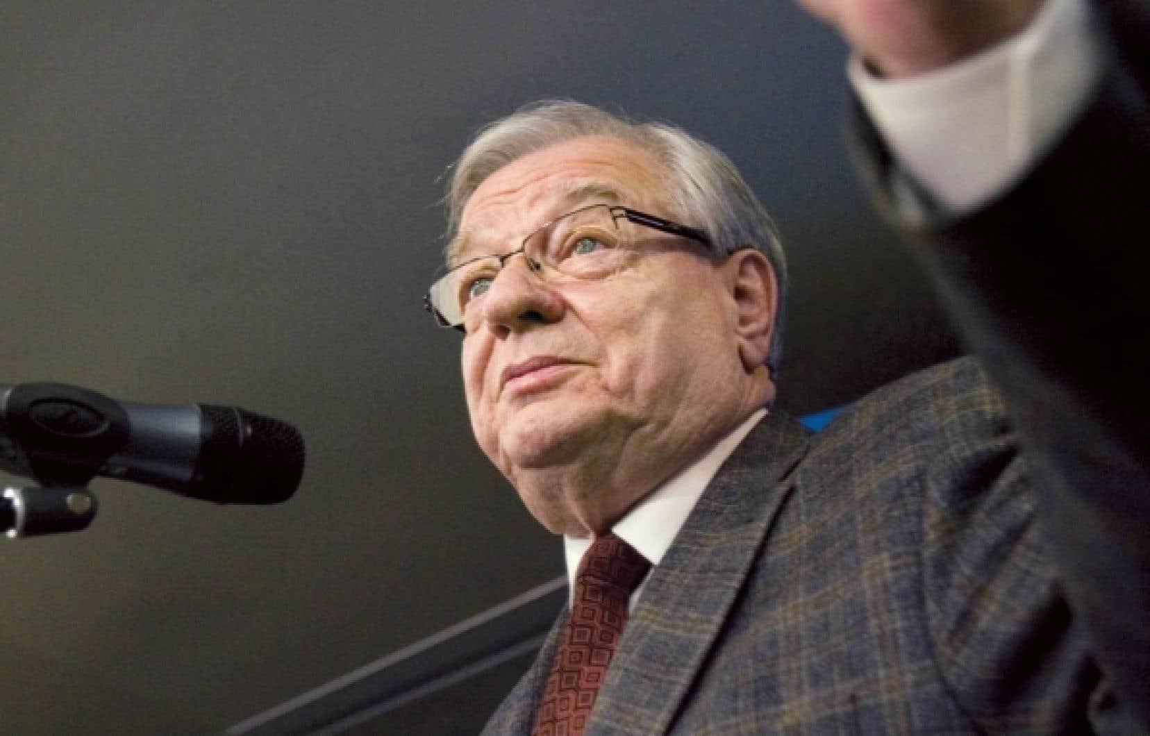 Selon l'interprétation du parti du maire de Laval, Gilles Vaillancourt, les activités partisanes font partie des dépenses des élus pouvant être remboursées par la Ville.<br />