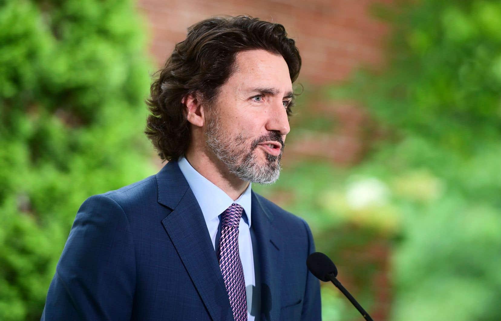 Interrogé sur la question de savoir si le fédéral pourrait s'adresser aux tribunaux pour forcer les églises à dévoiler leurs archives, le premier ministre Justin Trudeau a dit estimer et espérer que ce ne serait pas nécessaire.