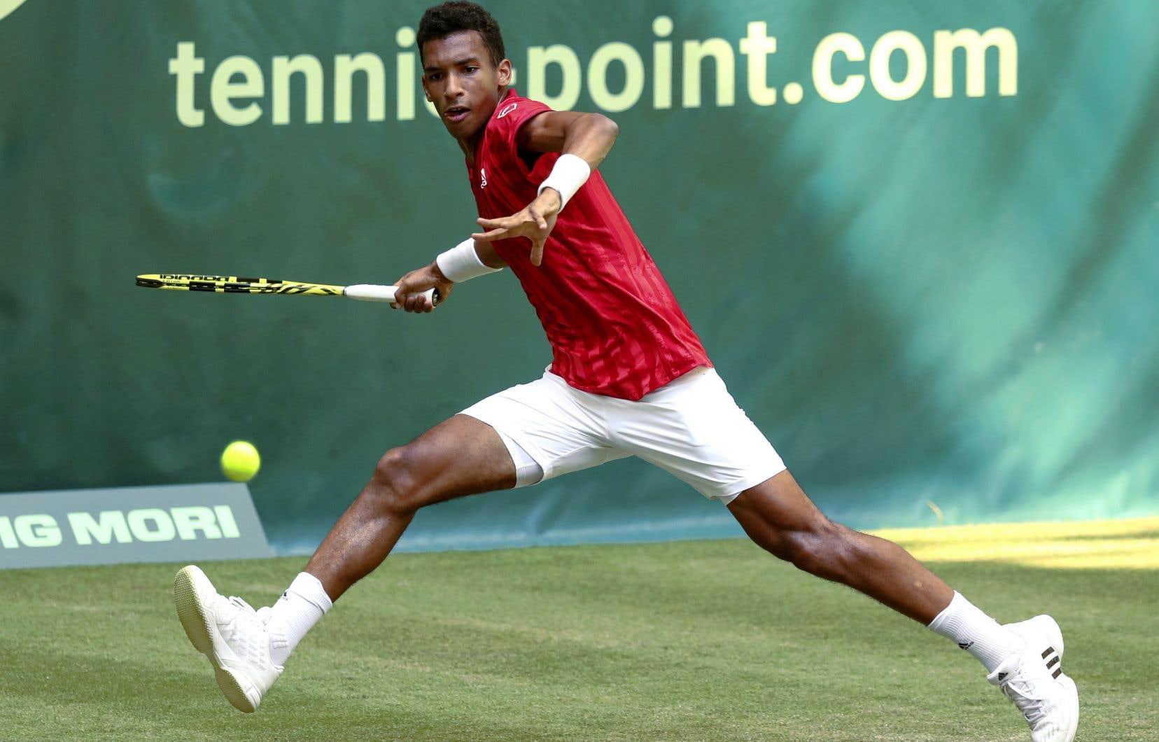Auger-Aliassime tentera d'améliorer sa précédente performance à Wimbledon, une défaite au troisième tour face à Ugo Humbert en 2019.