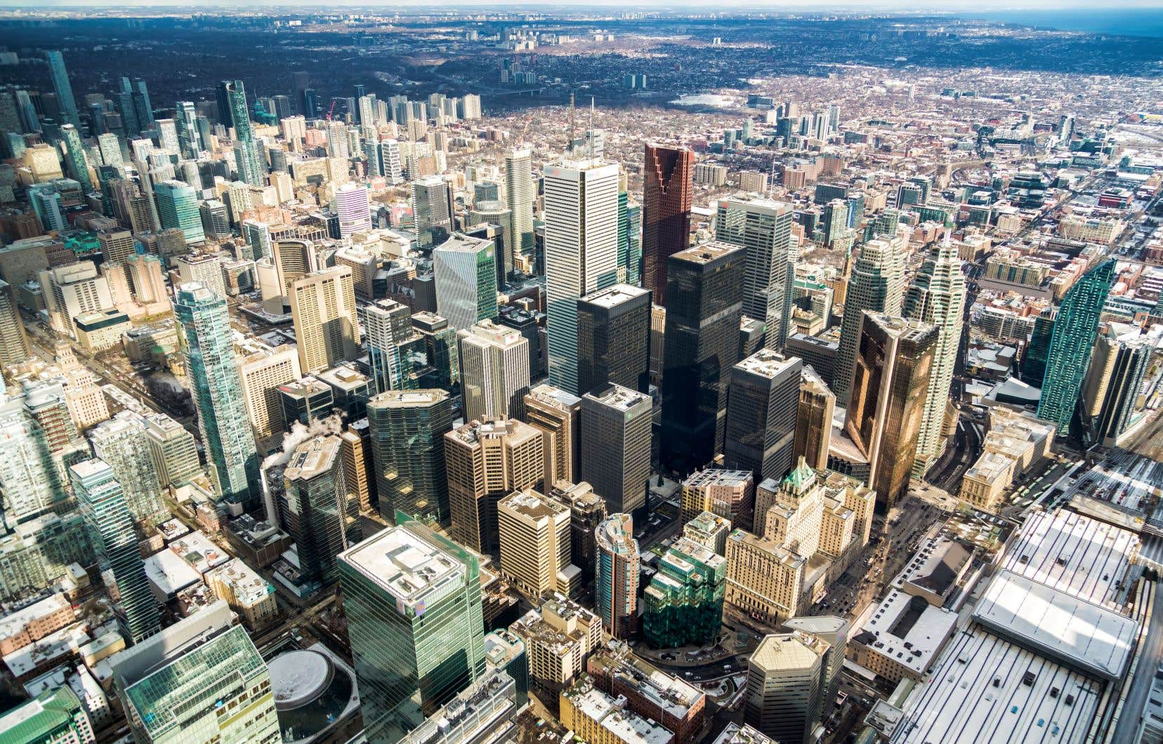 L'augmentation du nombre de bureaux inoccupés a ralenti dans toutes les grandes villes canadiennes au deuxième trimestre.