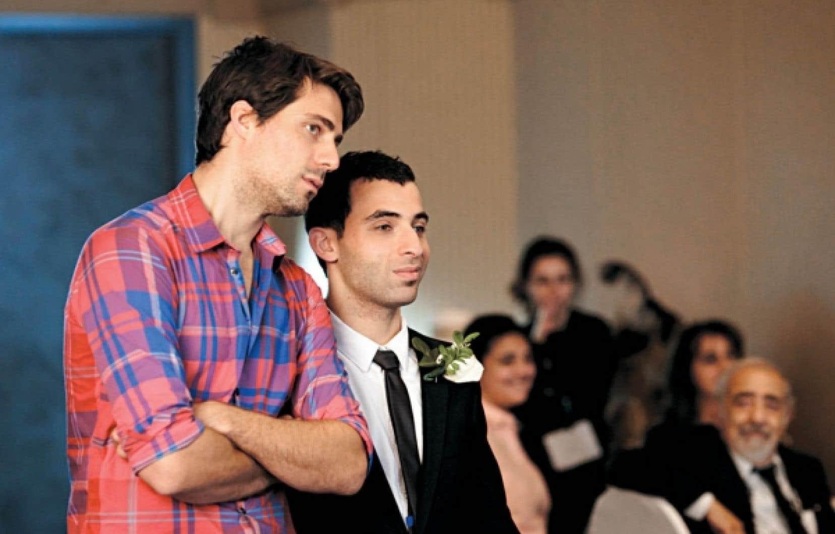 Le réalisateur Ivan Grbovic et sa vedette Ali Ammar durant le tournage du film Roméo Onze.