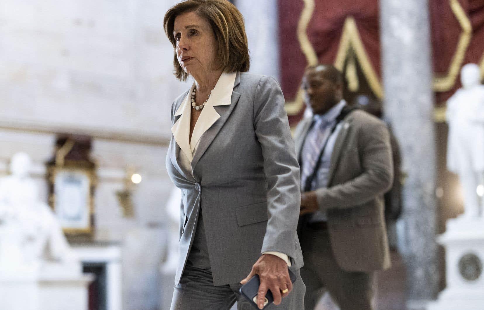 Nancy Pelosi a promis que cette commission «découvrira la vérité» sur l'attaque perpétrée par des manifestants pro-Trump lorsque les parlementaires étaient réunis pour certifier la victoire de Joe Biden lors de la présidentielle de novembre 2020.