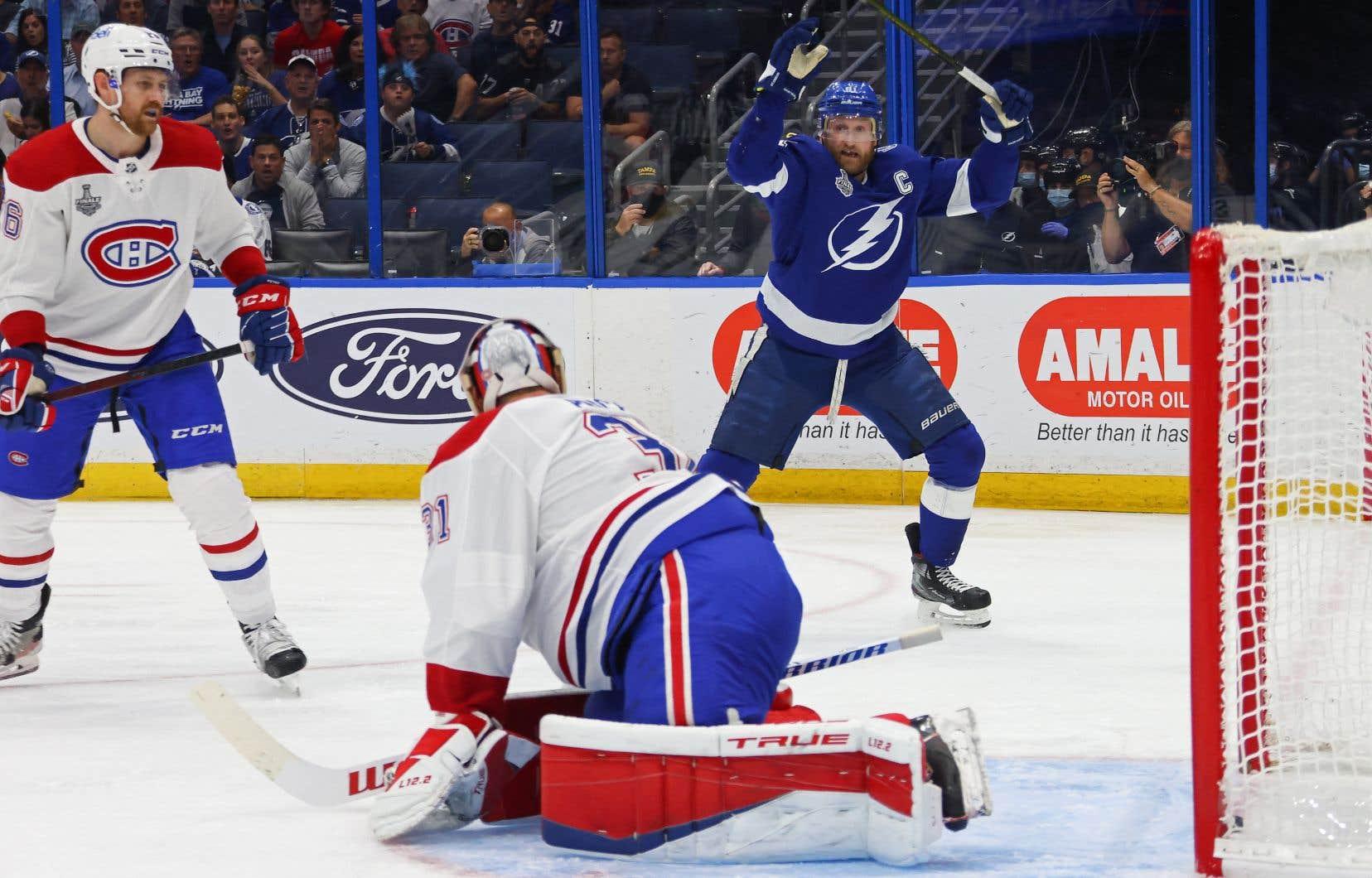 Le Canadien est mené 2-0 en série finale de la Coupe Stanley contre le Lightning de Tampa Bay.