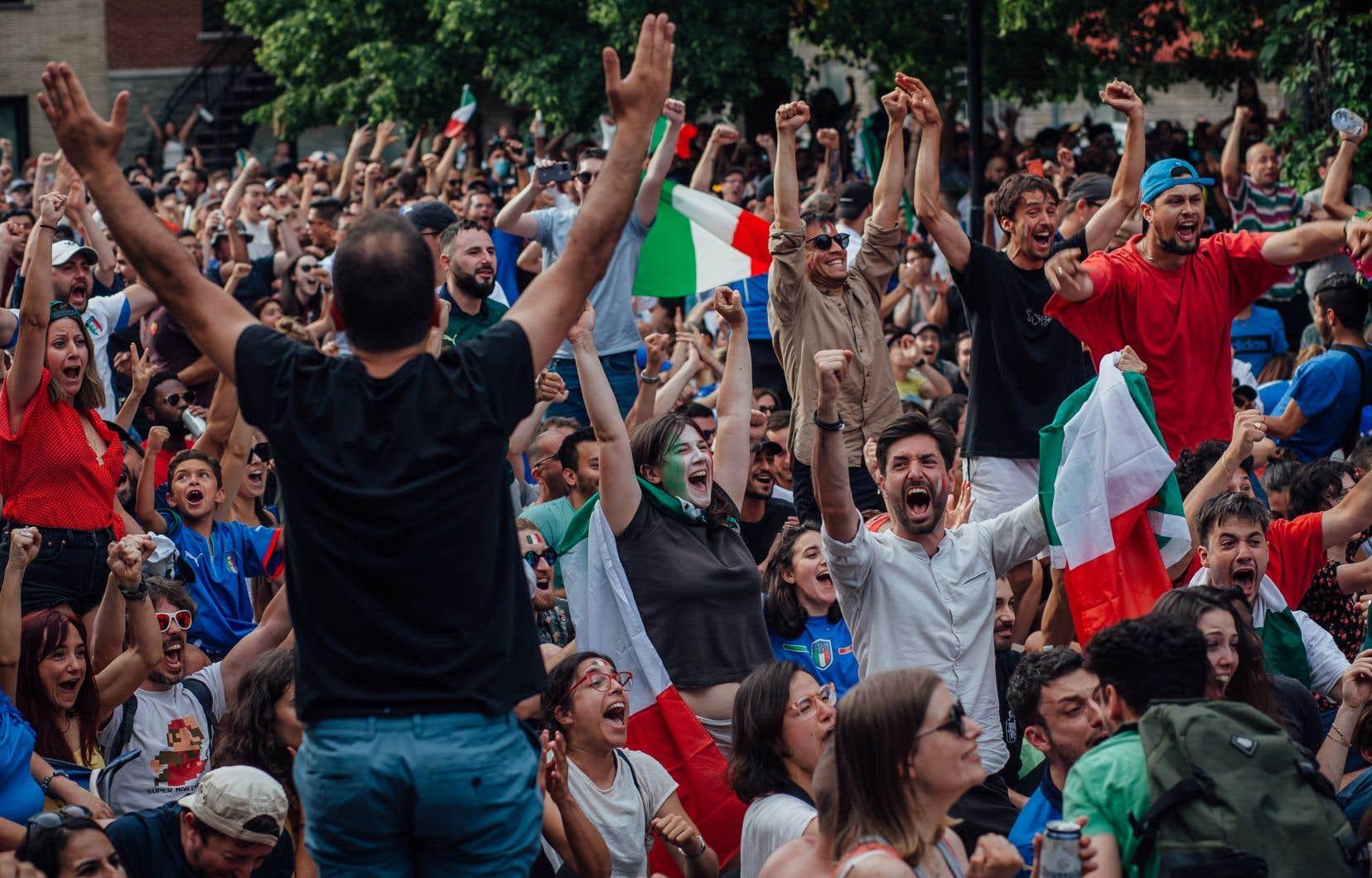 Dès l'arrêt final de Gianluigi Donnarumma, les partisans de la Nazionale ont laissé éclater leur joie.