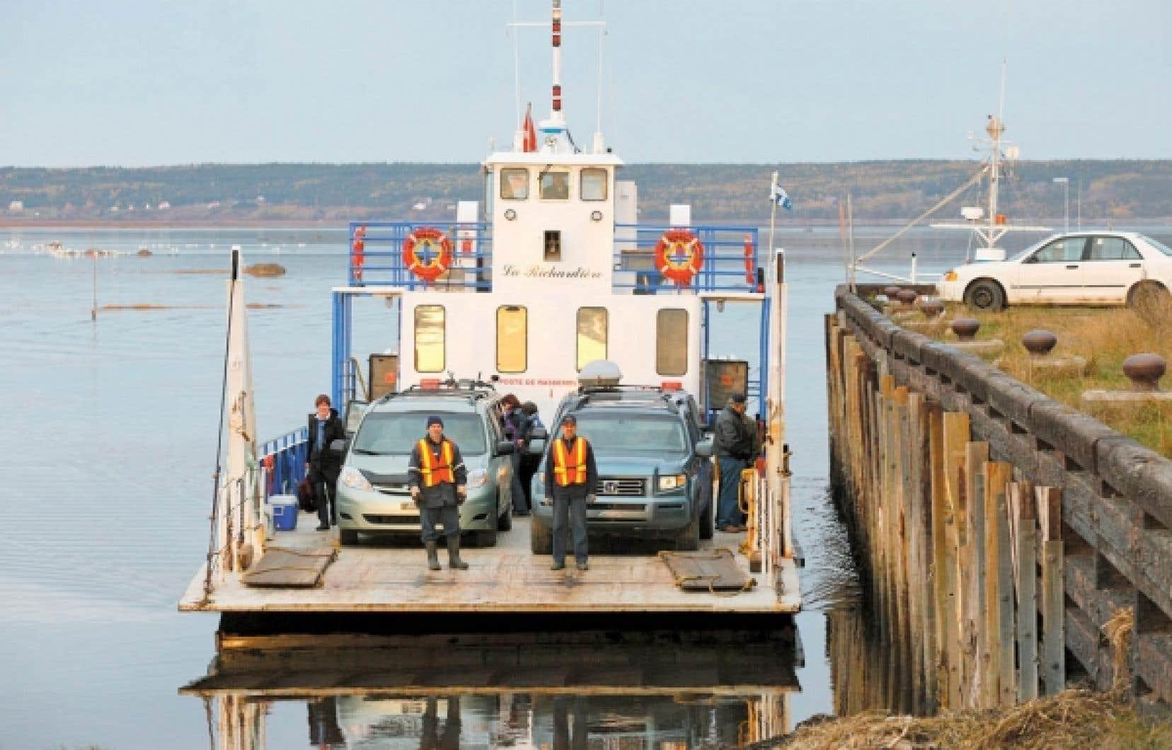 Le bateau-taxi de l'île Verte. Le système de santé qui y existe pourrait servir de modèle tant au Québec qu'à l'étranger. Il a toutes les caractéristiques que les chercheurs et les responsables des systèmes de santé au Québec, au Canada et dans les organisations internationales, comme l'Organisation mondiale de la santé, recommandent partout dans le monde.<br />