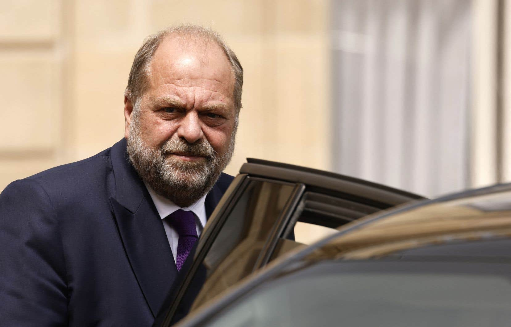 Éric Dupond-Moretti est soupçonné d'avoir profité de sa fonction de ministre pour régler ses comptes avec des magistrats avec lesquels il avait eu maille à partir quand il était avocat, ce qu'il réfute.