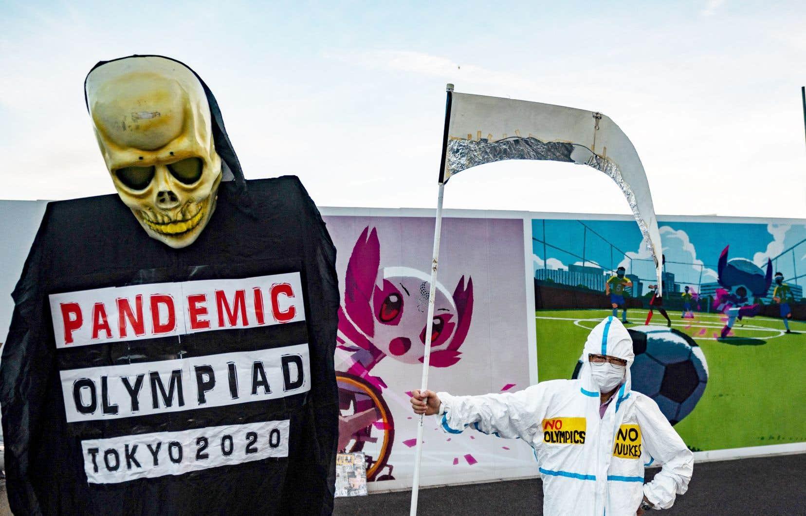 «La pandémie est loin d'être terminée, les nouveaux variants inquiètent beaucoup et, franchement, le risque, si les Jeux de Tokyo ont lieu, c'est qu'ils laissent des milliers de morts derrière», dit en entrevue le Français Marc Perelman, critique féroce du sport-spectacle mondialisé.