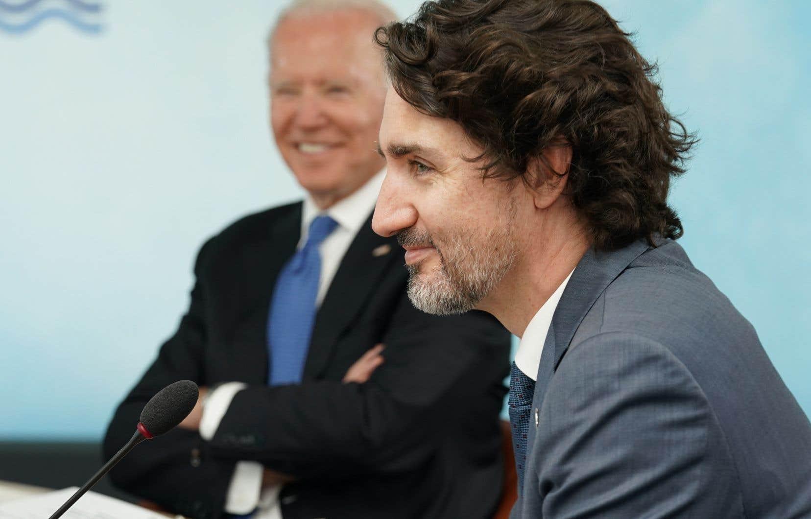 Le premier  ministre du  Canada, Justin Trudeau, et  le président américain,  Joe Biden, au sommet du G7, en Angleterre,  le 11 juin dernier