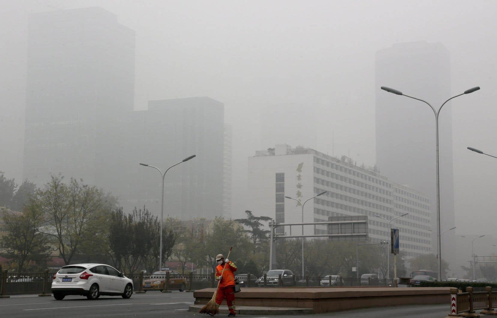 Une nouvelle nuance vient d'apparaître dans le discours de la Chine, qui parle  de faire baisser les émissions  de GES avant 2030.