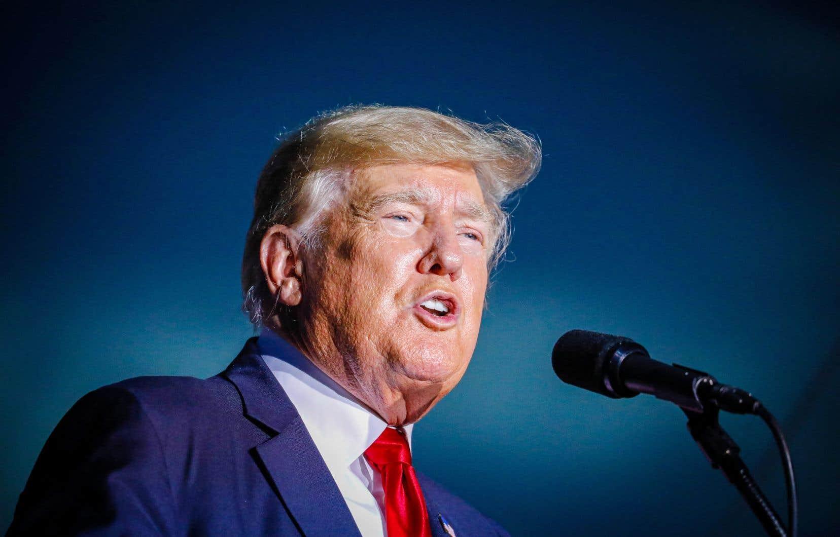 Quatre essais viennent de sortir aux États-Unis pour lever le voile sur la fin de règne de Donald Trump.