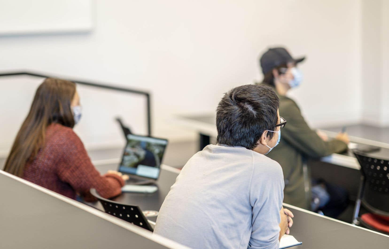 Environ 75% des étudiants de la première cohorte de l'Université ne seront pas Ontariens.