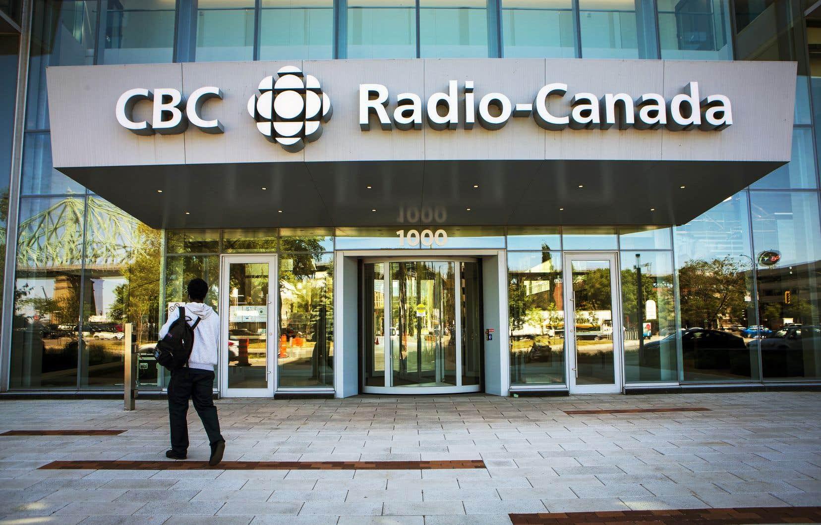 Selon l'ombudsman Pierre Champoux, l'équipe de l'émission «Bien entendu» avait «amplement» le temps de faire les «vérifications nécessaires» et de «mieux encadrer sa présentation», puisque l'entrevue a été enregistrée six jours avant sa diffusion.