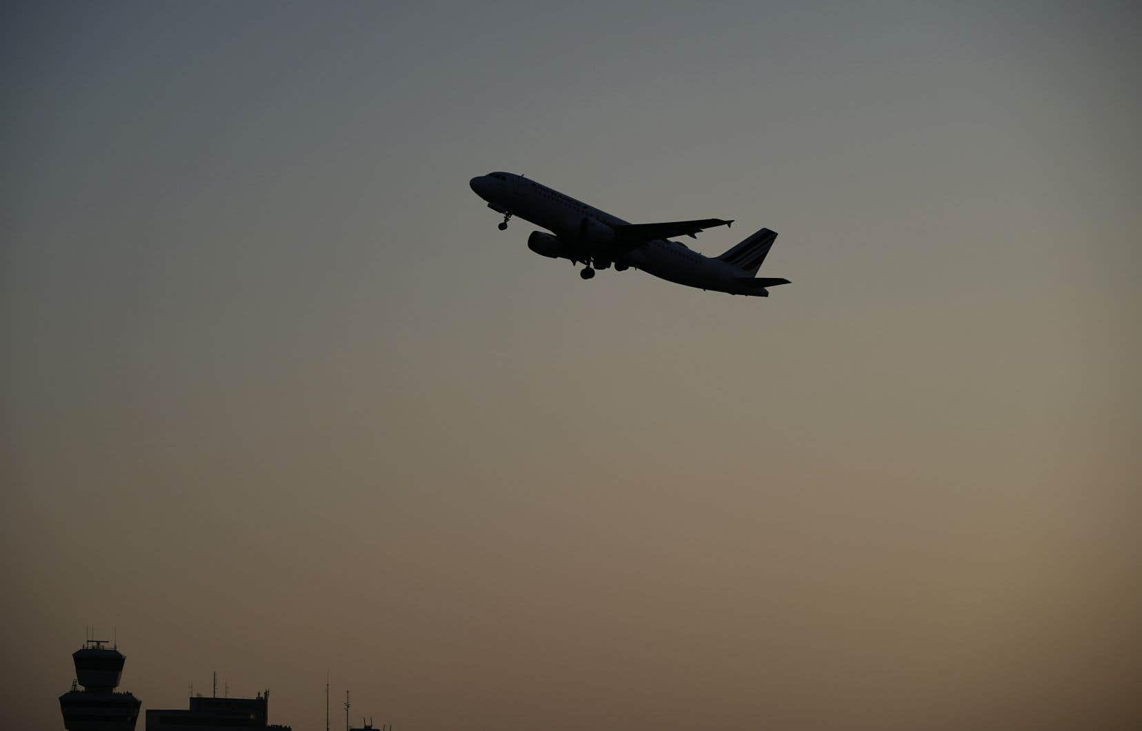 Le constructeur aéronautique européen a livré 297 appareils entre janvier et juin contre 196 l'an passé.