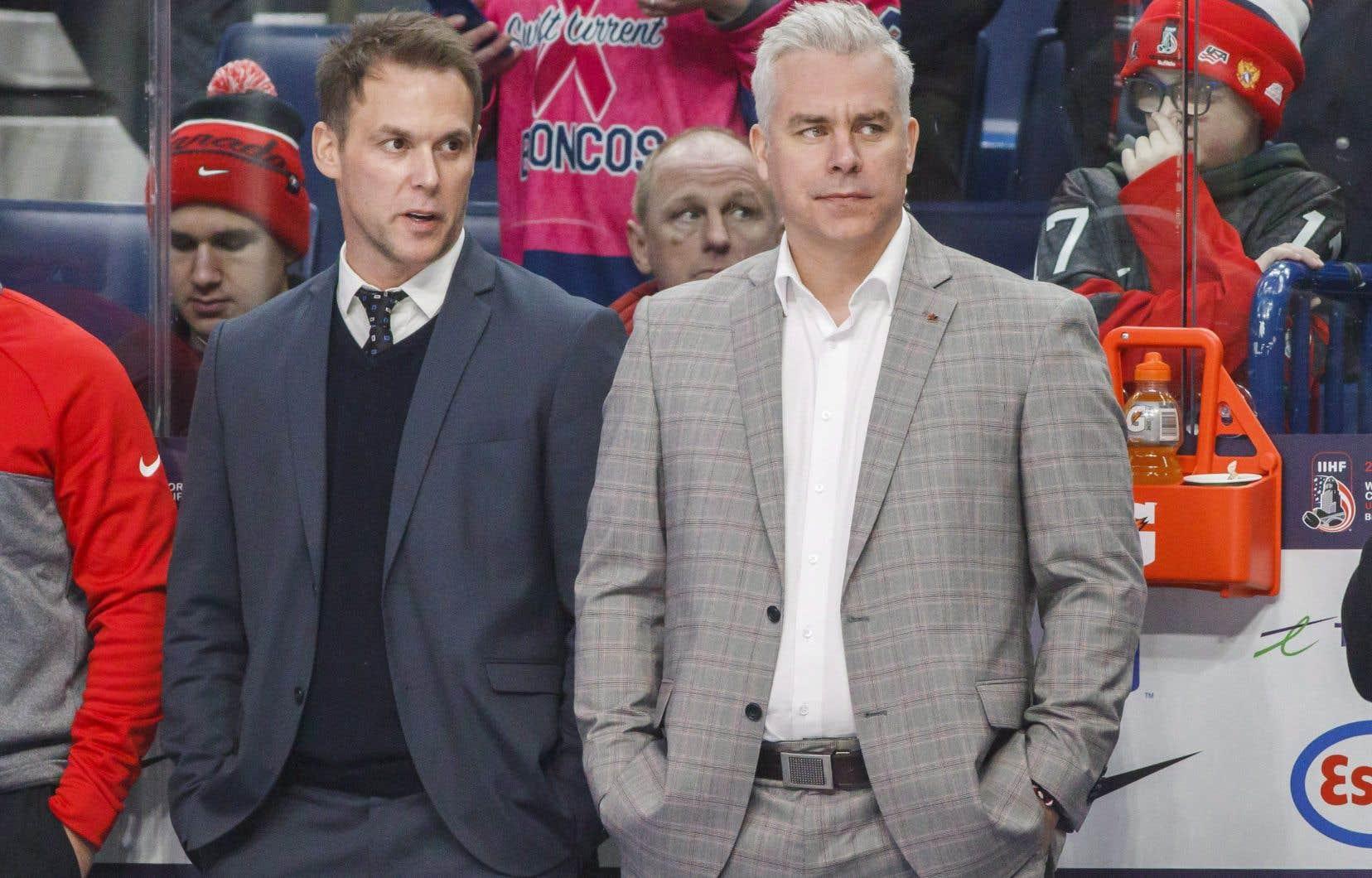 L'entraîneur-chef du Canadien, Dominique Ducharme, a déjà travaillé de pair avec Éric Raymond dans la LHJMQ.
