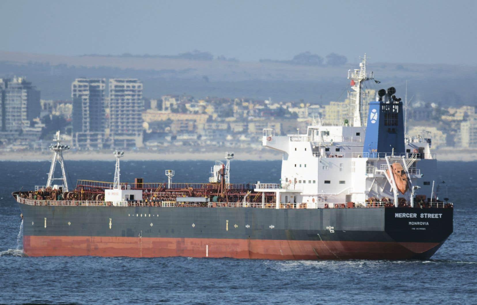 Jeudi, le pétrolier Mercer Street (qu'on voit ici en janvier 2016), géré par la société d'un milliardaire israélien, a été la cible d'une attaque au drone, selon l'armée américaine qui dispose de navires dans la région.