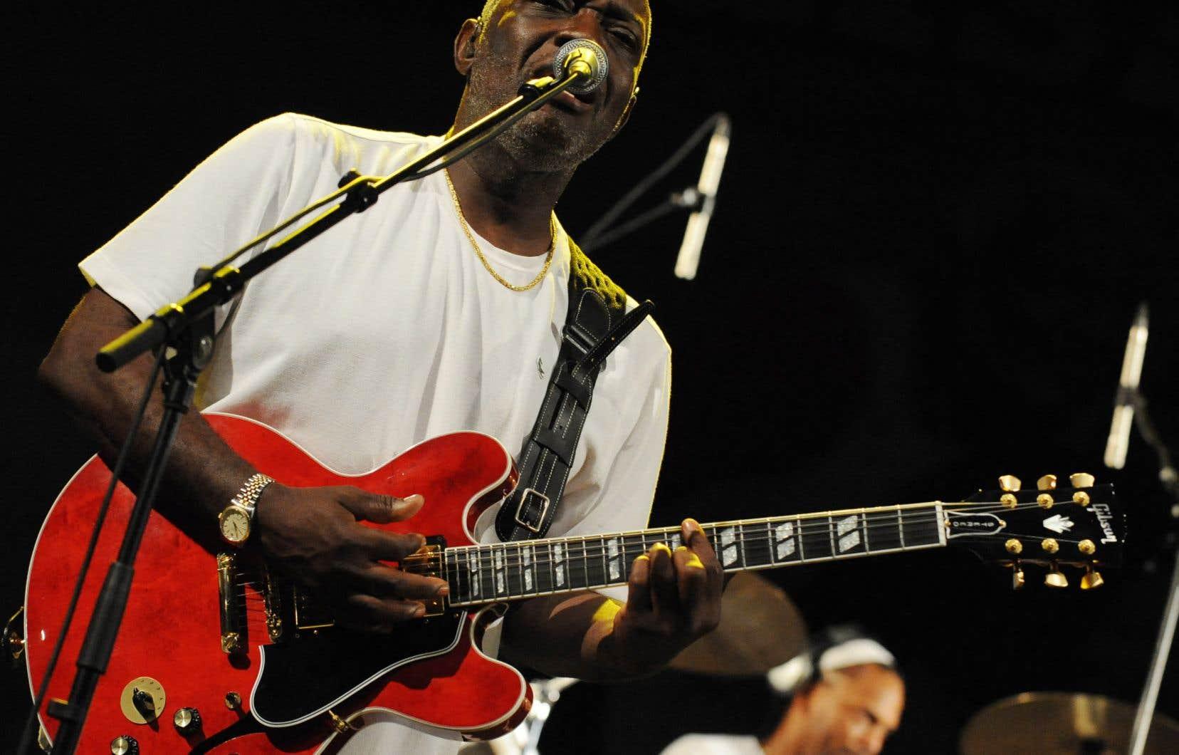 «Les Antilles, l'Afrique et la musique viennent de perdre l'un de leurs plus grands Ambassadeurs», a gazouillé vendredi soir le chanteur sénégalais Youssou Ndour.