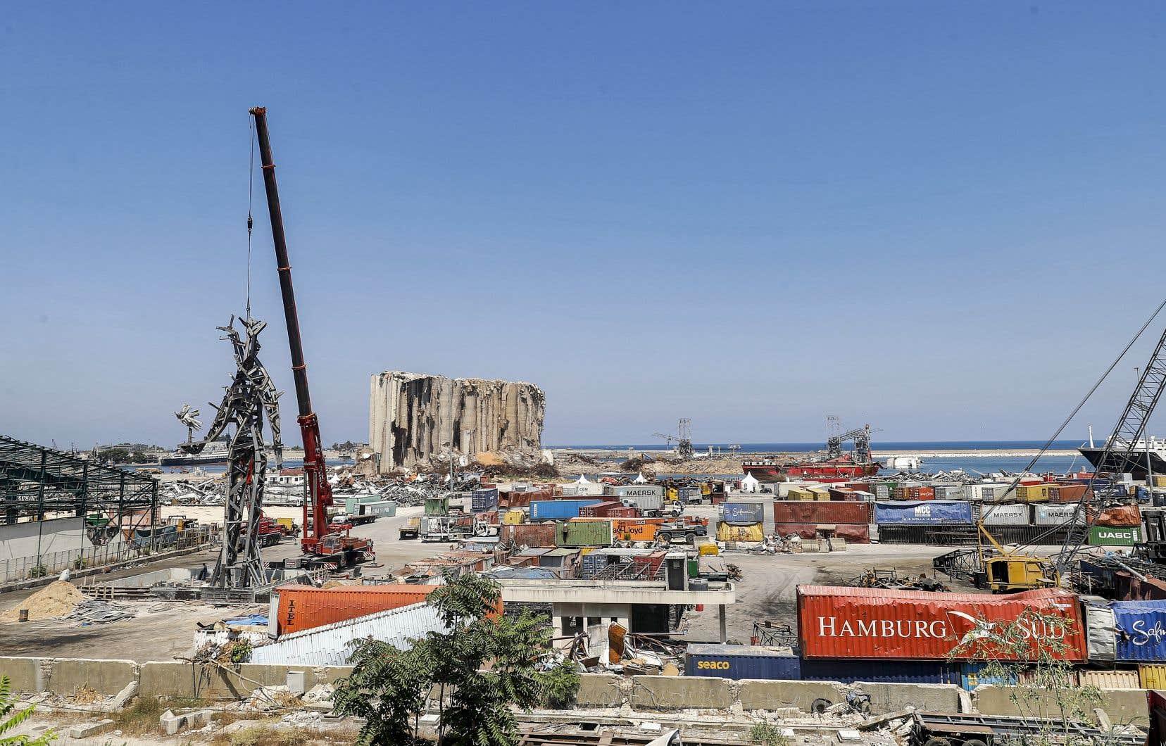 La gigantesque déflagration du 4août 2020, qui a fait 214 morts et plus de 6500 blessés, a été déclenchée par l'explosion de plusieurs centaines de tonnes d'ammonium stockées depuis 2014 dans un entrepôt délabré au port.