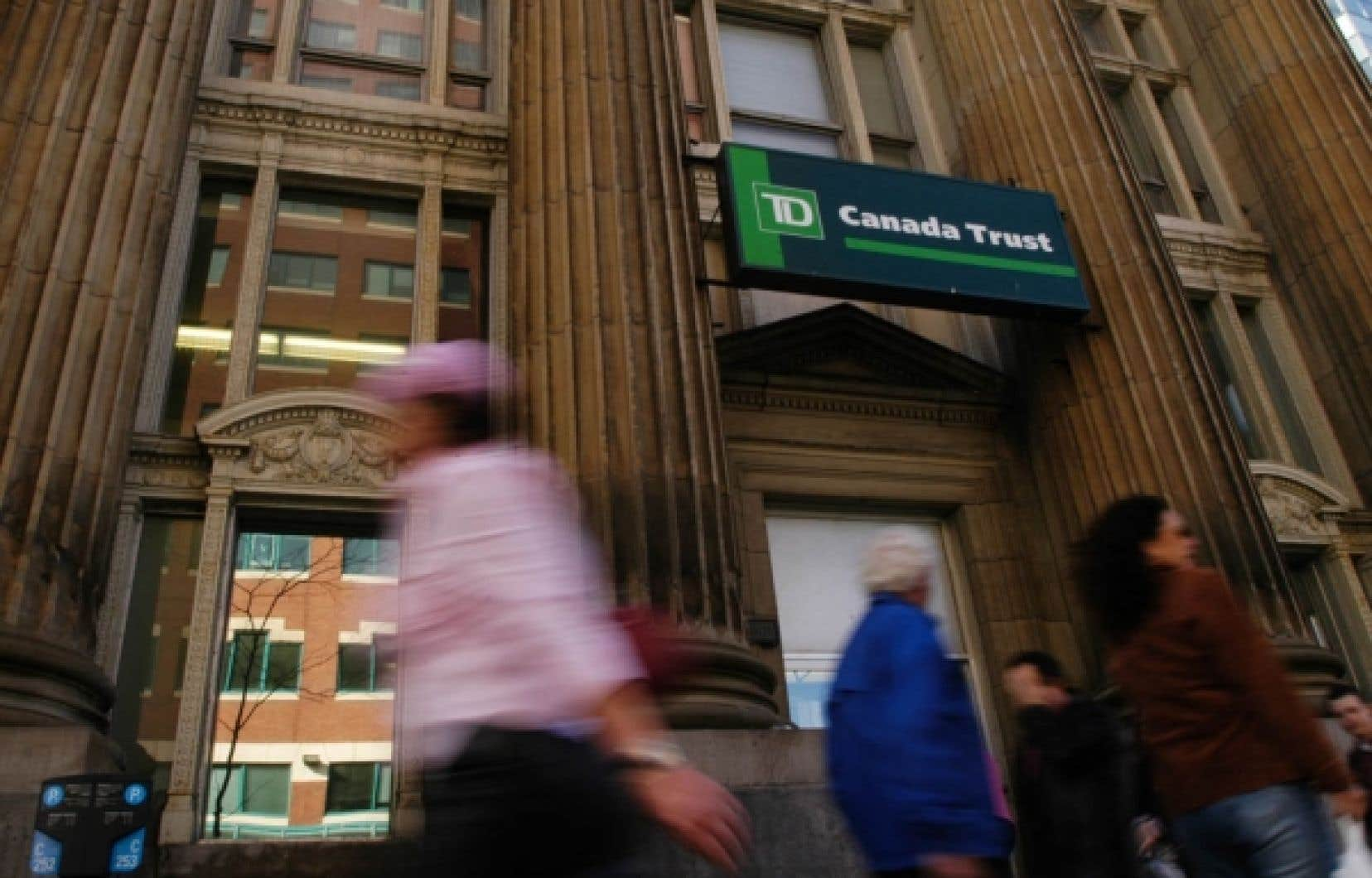La Banque TD va mettre la main sur MBNA, le plus gros émetteur de cartes MasterCard au Canada.<br />