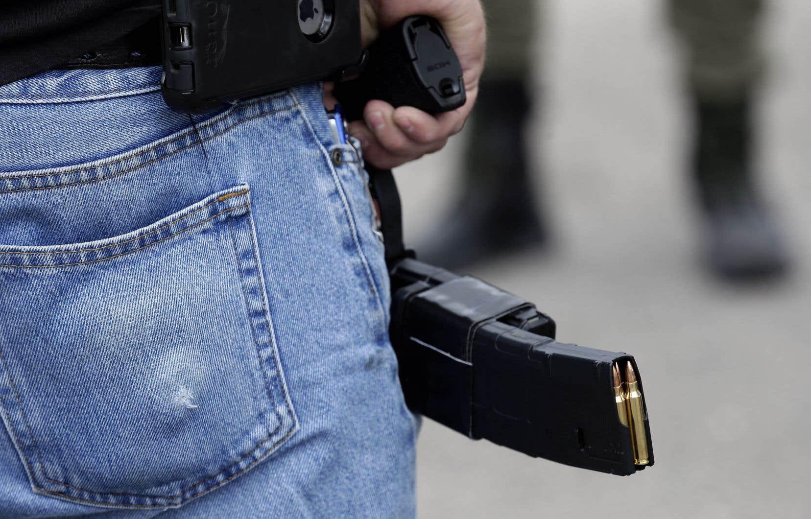Dans l'ADN du Québec, la culture de l'arme à feu est largement rejetée, probablement plus que dans le ROC, écrit l'auteur.