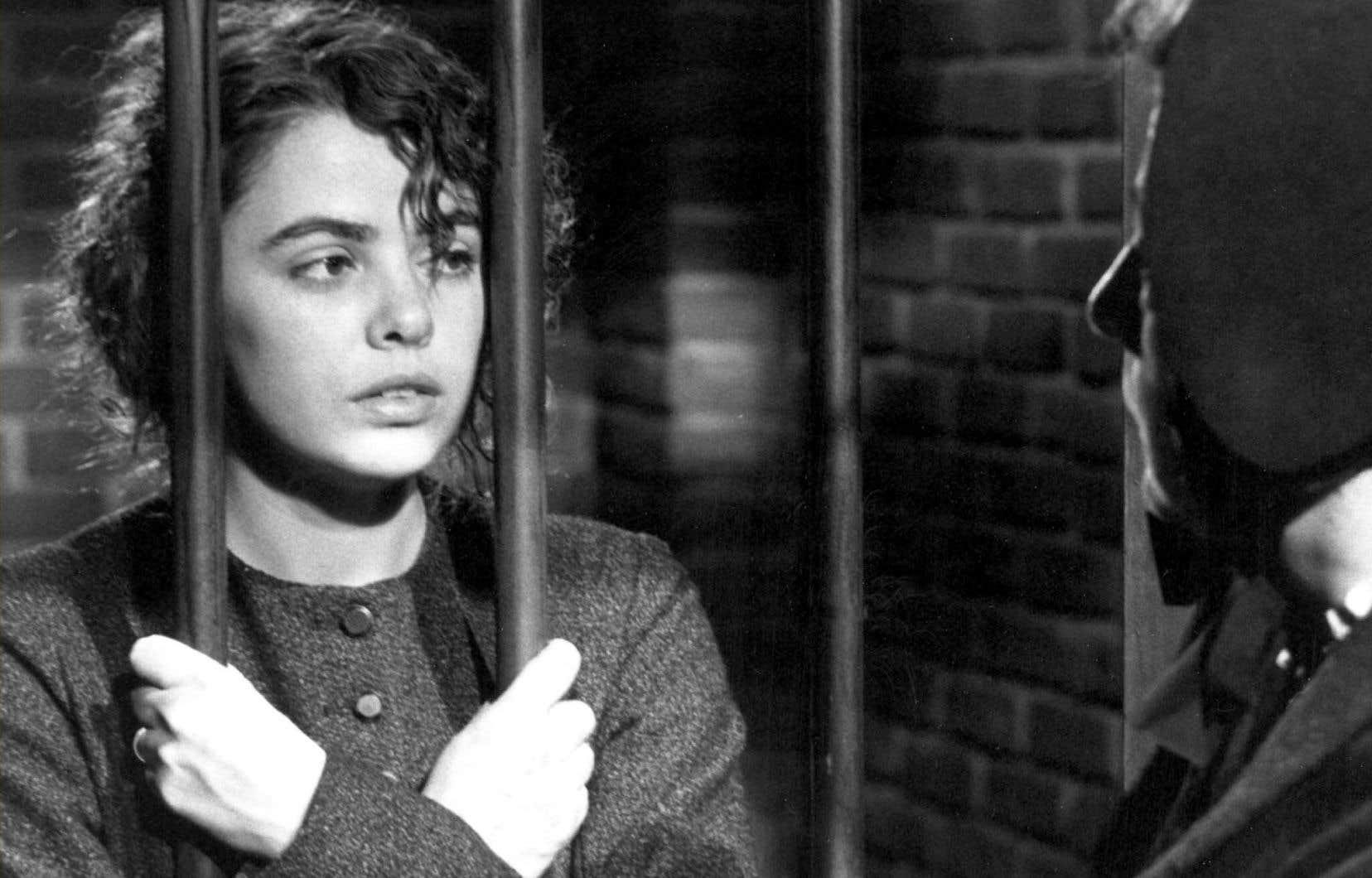 Louise Portal incarneCordélia Viau dans le filmCordéliade Jean Beaudin.