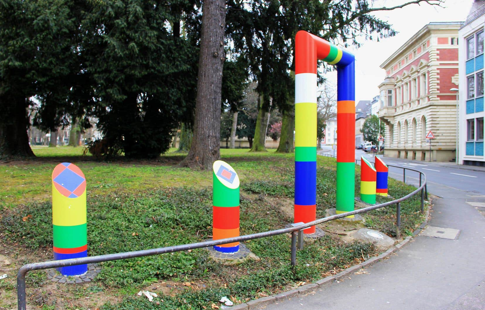 Une œuvrede Guy de Rougemont intitulée «Echo Polychrome», dans la ville de Bonn en Allemagne