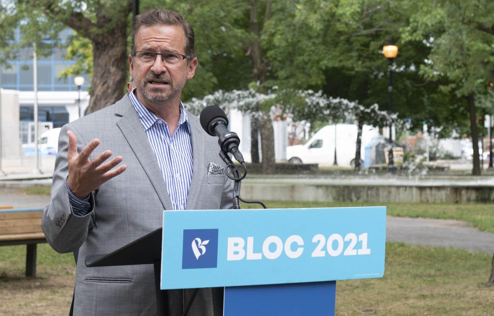 Yves-François Blancheta accusé Justin Trudeau lundi d'empiéter dans les champs de compétences des provinces et des territoires.