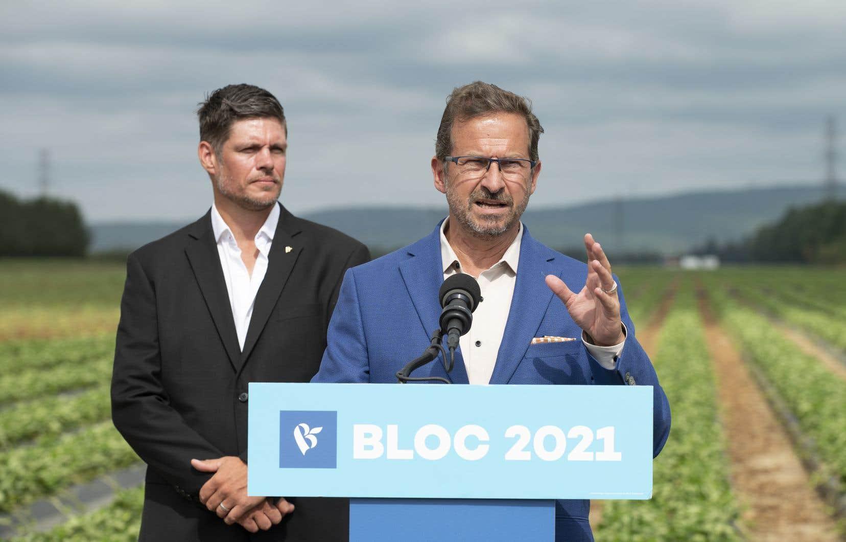 De passage à Pont-Rouge, le chef du Bloc québécois s'est même dit convaincu que le projet évalué à 10milliards $ pouvait être «écologique».