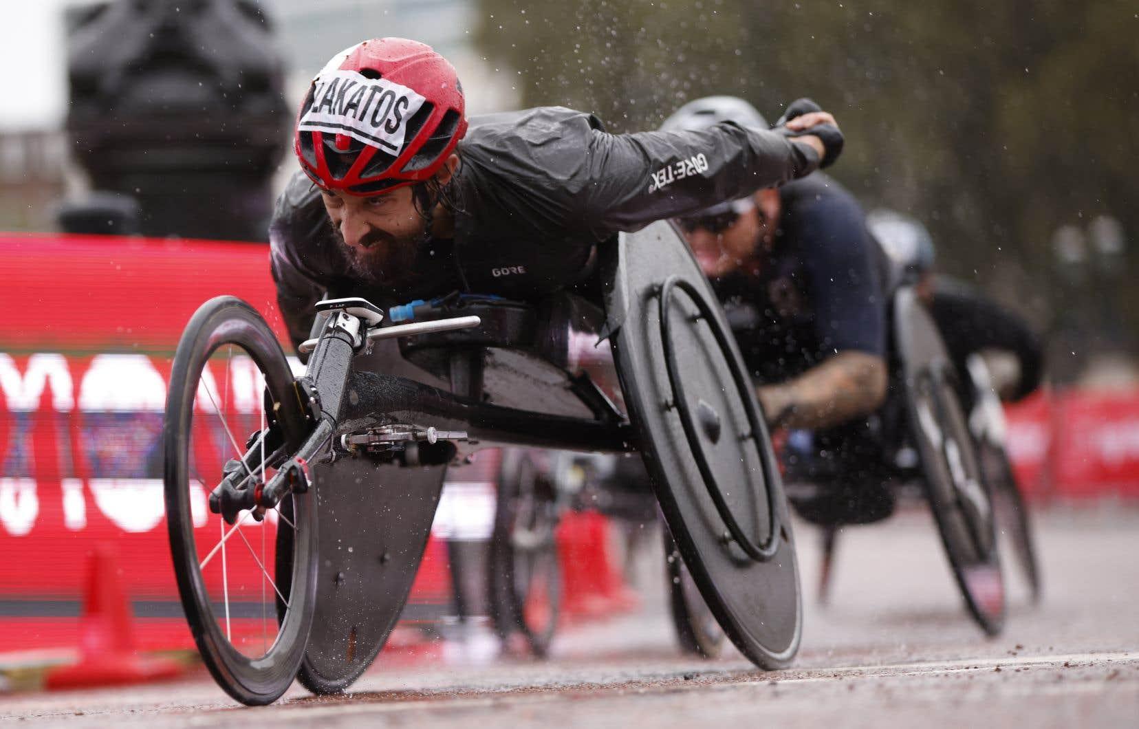 Récipiendaire de 7 médailles paralympiques en carrière, le coureur canadien en fauteuil roulant Brent Lakatos est une force dans sa discipline.