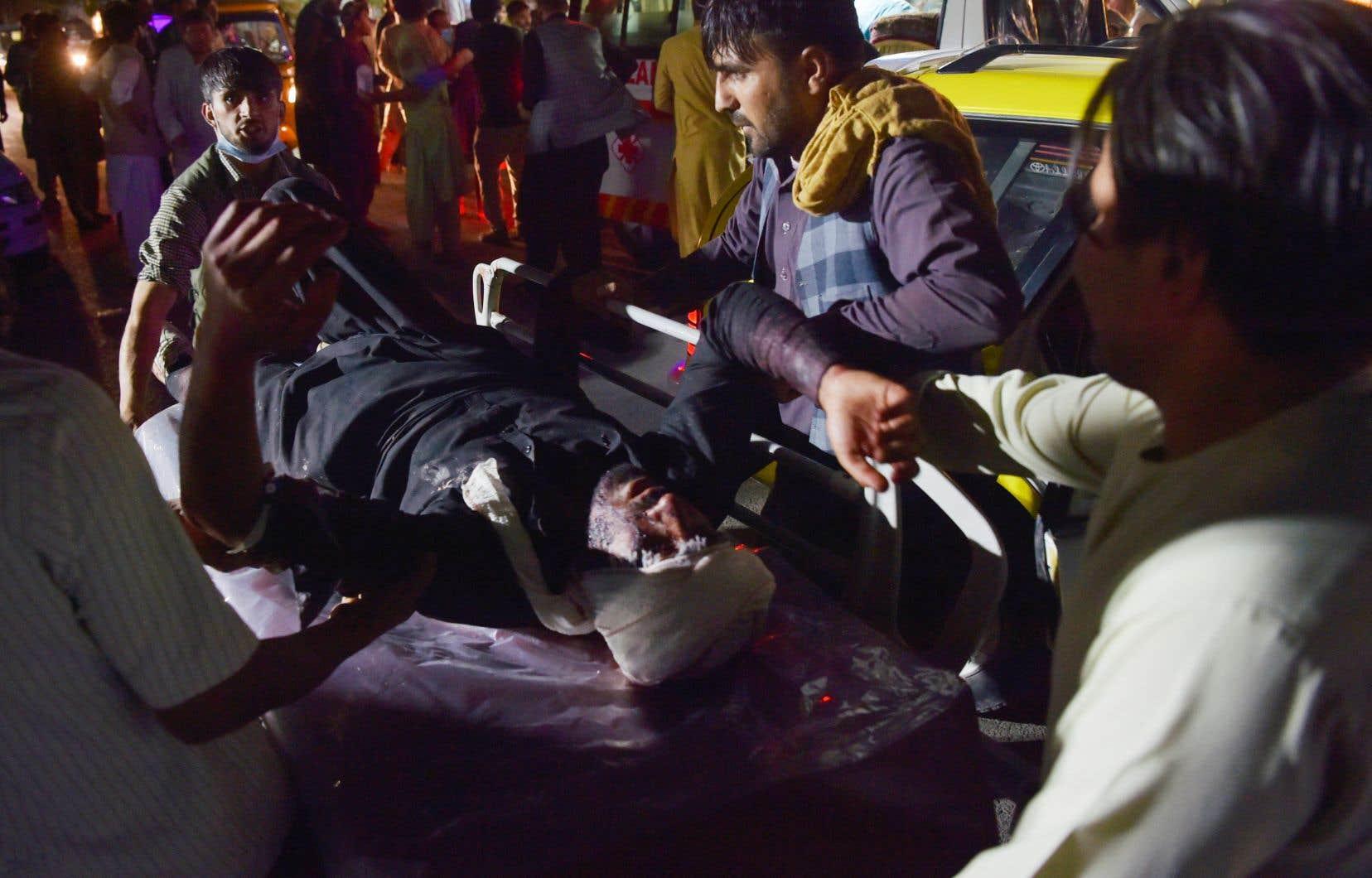 Un porte-parole des talibans a dressé un bilan de 13 à 20 morts et évoqué 52 blessés, tout en dénonçant l'attaque. Mais d'autres sources évoquent un bilan bien plus lourd.