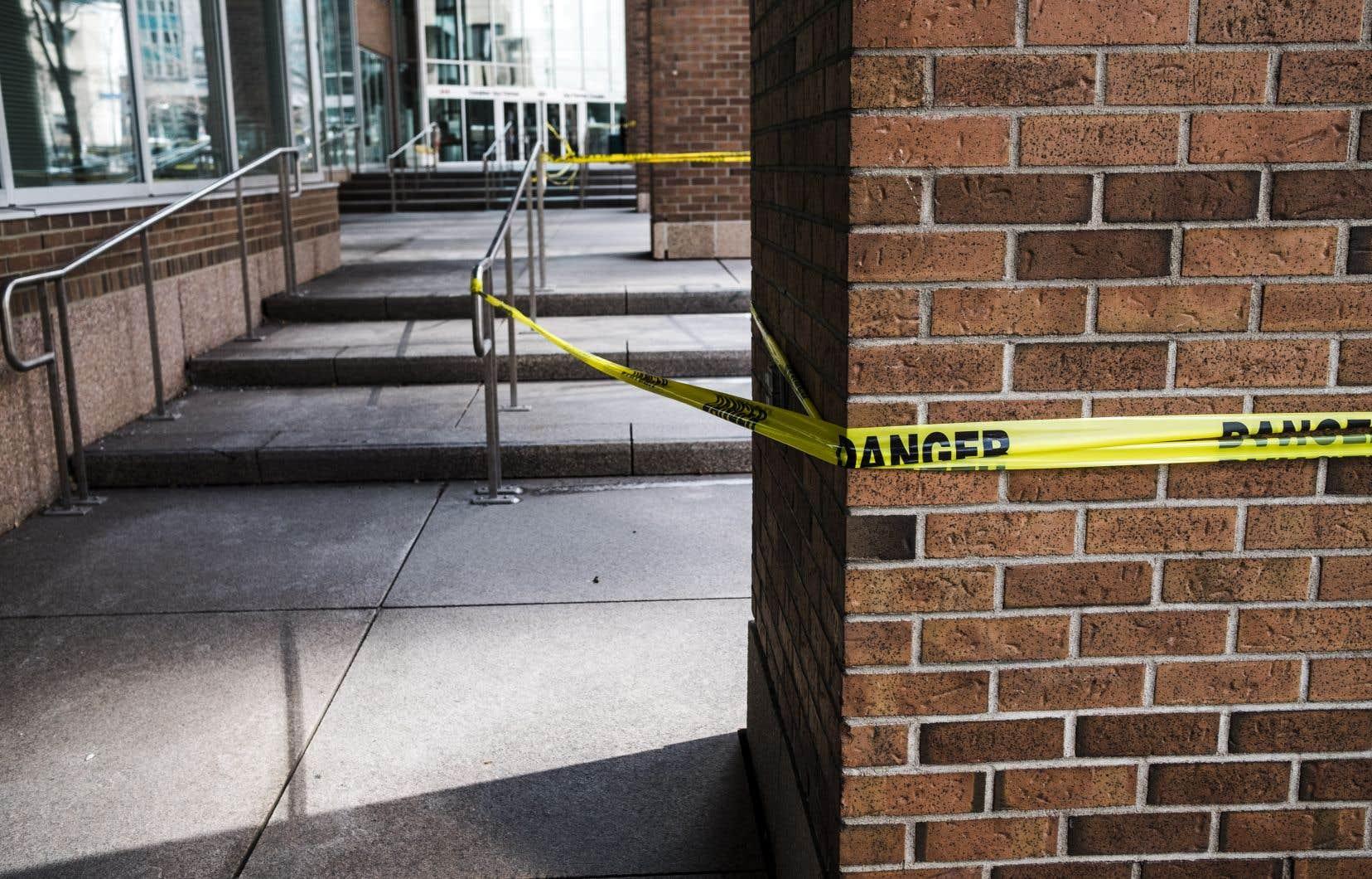 Les professeurs se réjouissent du retour en présence sur les campus, mais estiment que Québec doit resserrer les mesures pour empêcher la circulation du virus.