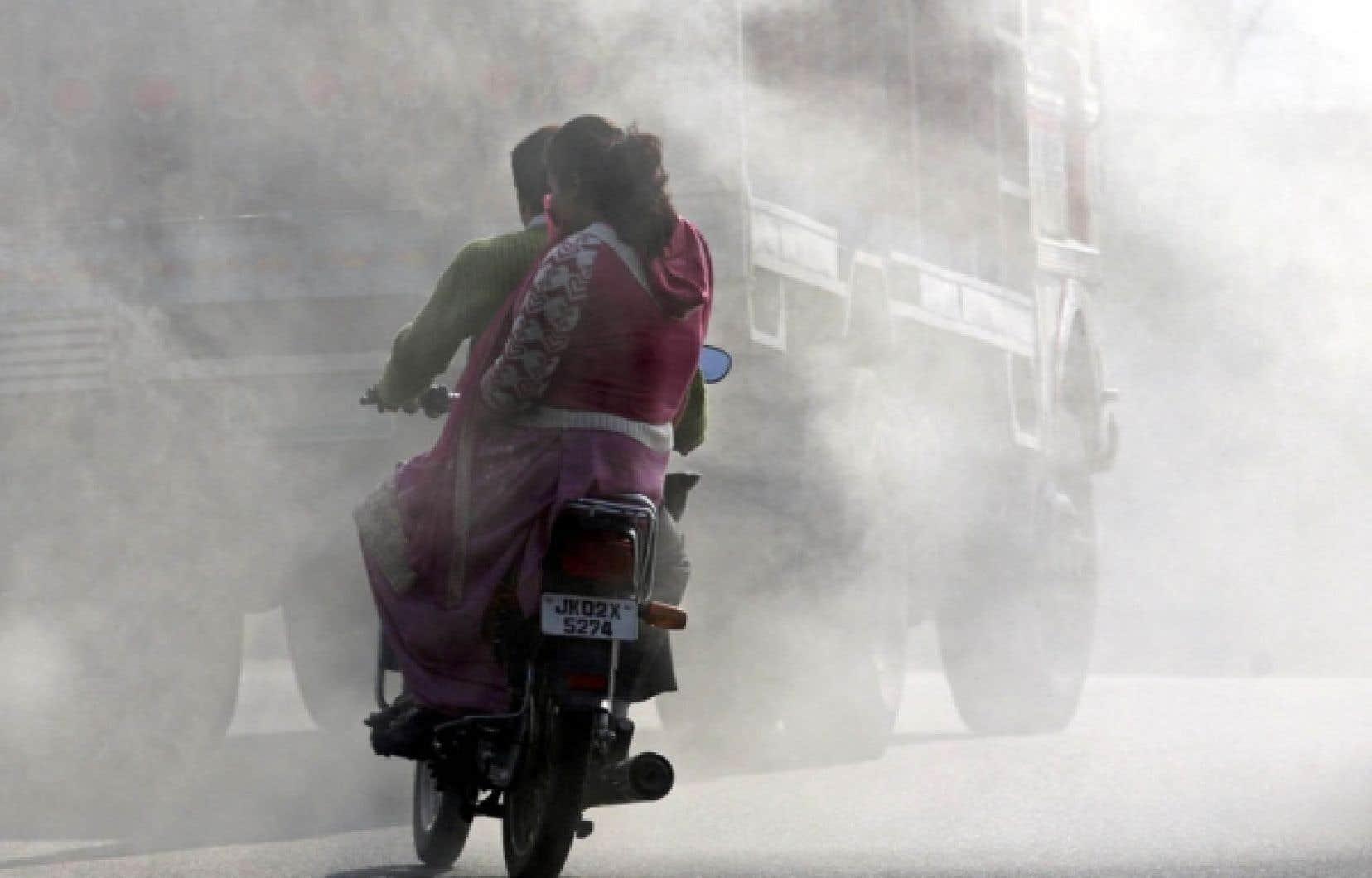 La semaine dernière, un câble diplomatique provenant du consulat des États-Unis, publié par WikiLeaks, rapportait que l'argent investi par de grandes firmes occidentales dans des projets de réductions de gaz à effet de serre en Inde avait financé des projets qui se seraient faits de toute façon.