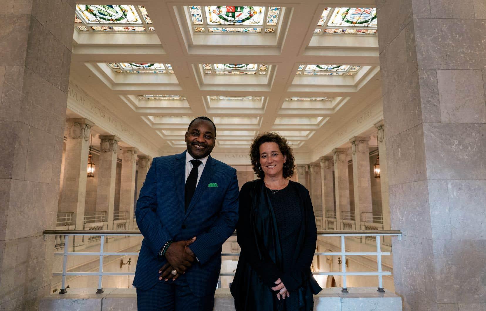 À moyen terme, le nerf de la guerre pandémique sera financier explique le nouveau président du Conseil des arts de Montréal, Ben Marc Diendéré, ici accompagné de la directrice générale, Nathalie Maillé.