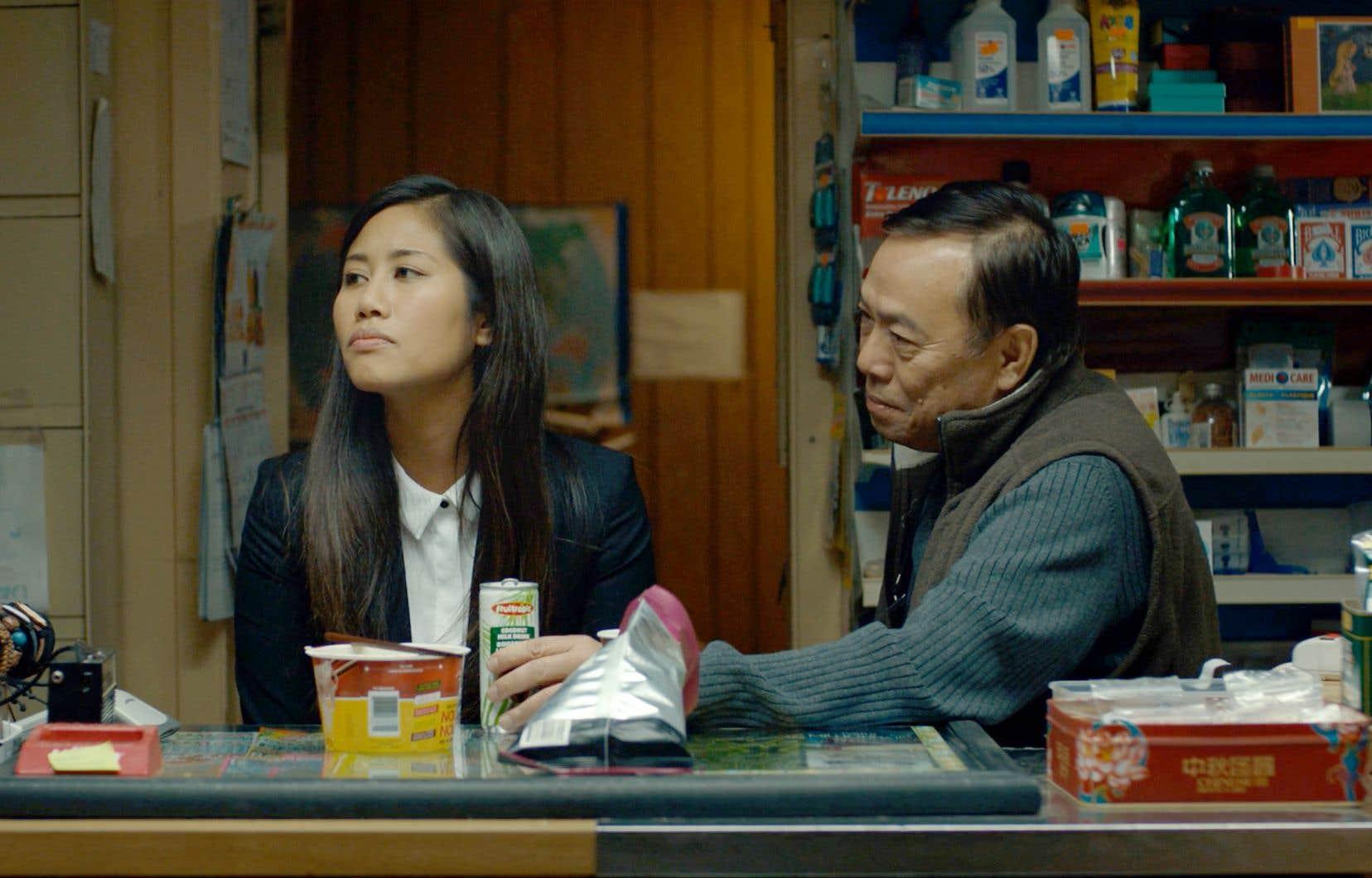 La caméra intimiste de Ky Nam Le Duc garde une distance avec les personnages.