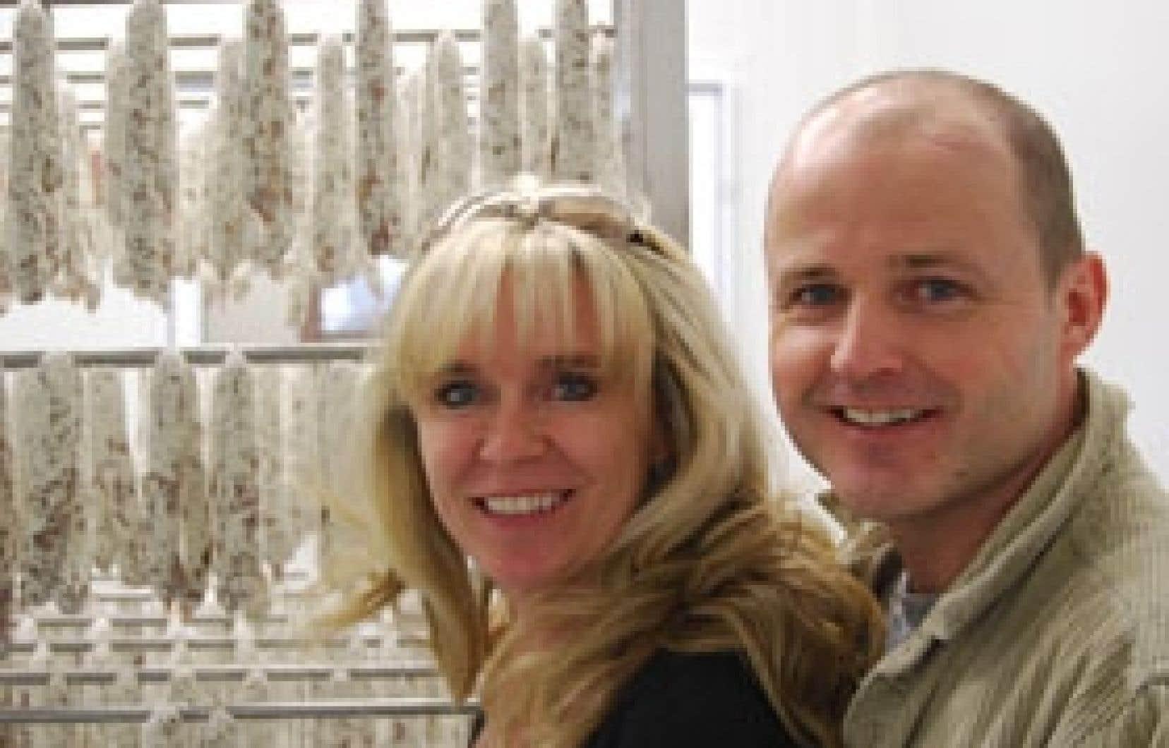 Damien Girard et sa conjointe Natasha McNicoll. En créant la première usine artisanale adaptée aux nouvelles technologies et sciences de l'alimentation, Girard prouve qu'il est possible d'allier tradition et développement durable.
