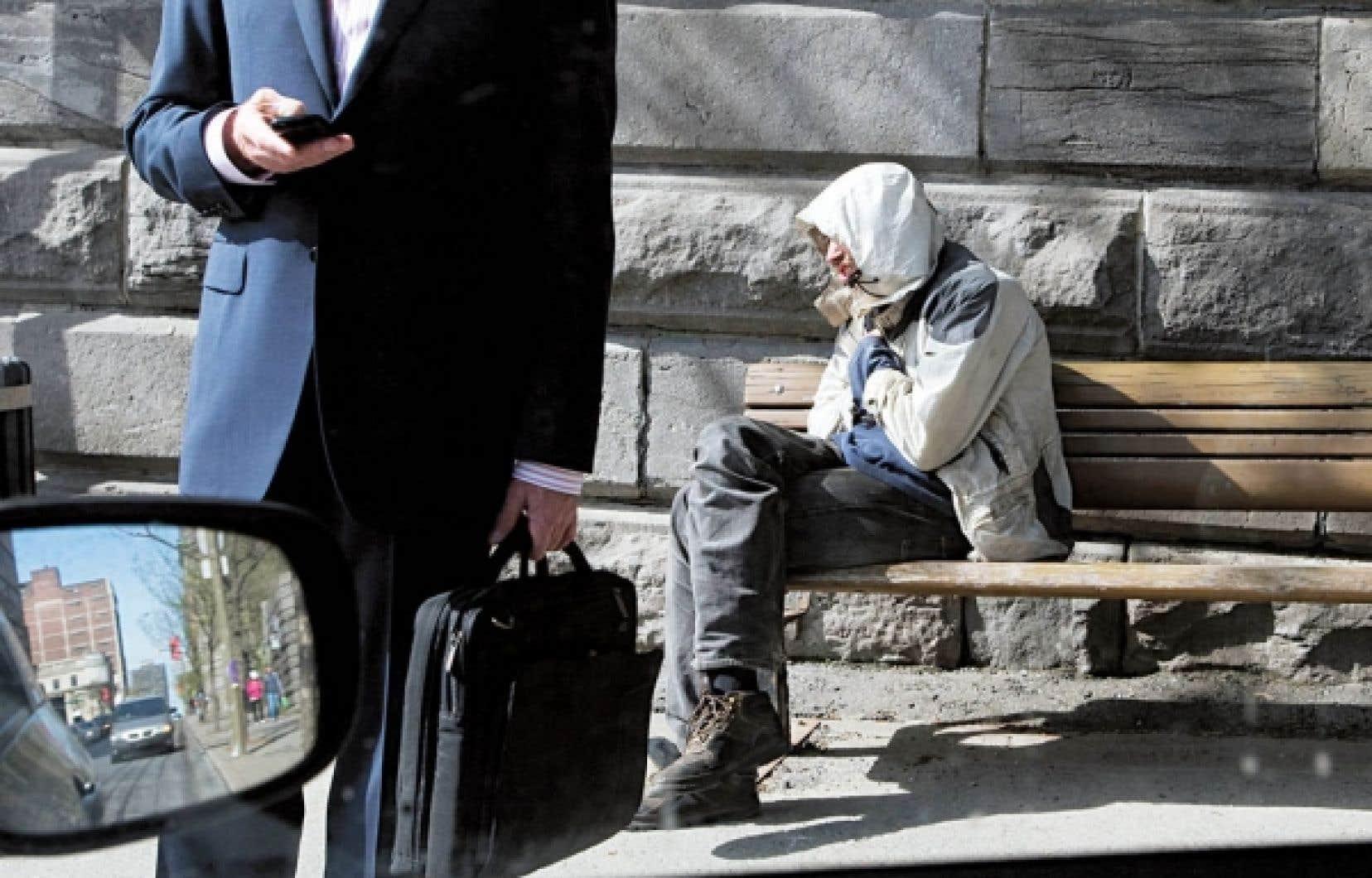 Les dirigeants politiques ne semblent pas préoccupés par l'accroissement des inégalités.<br />
