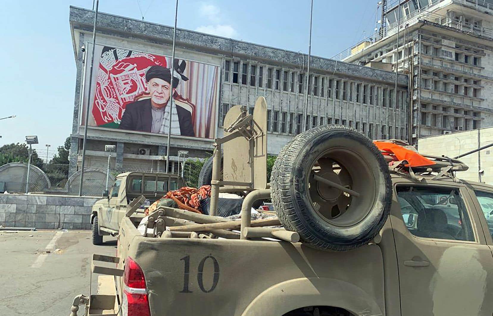 La composition du nouvel exécutif fera donc figure de test quant à la volonté réelle de changement affichée par les islamistes qui ont repris le pouvoir au président Ashraf Ghani.