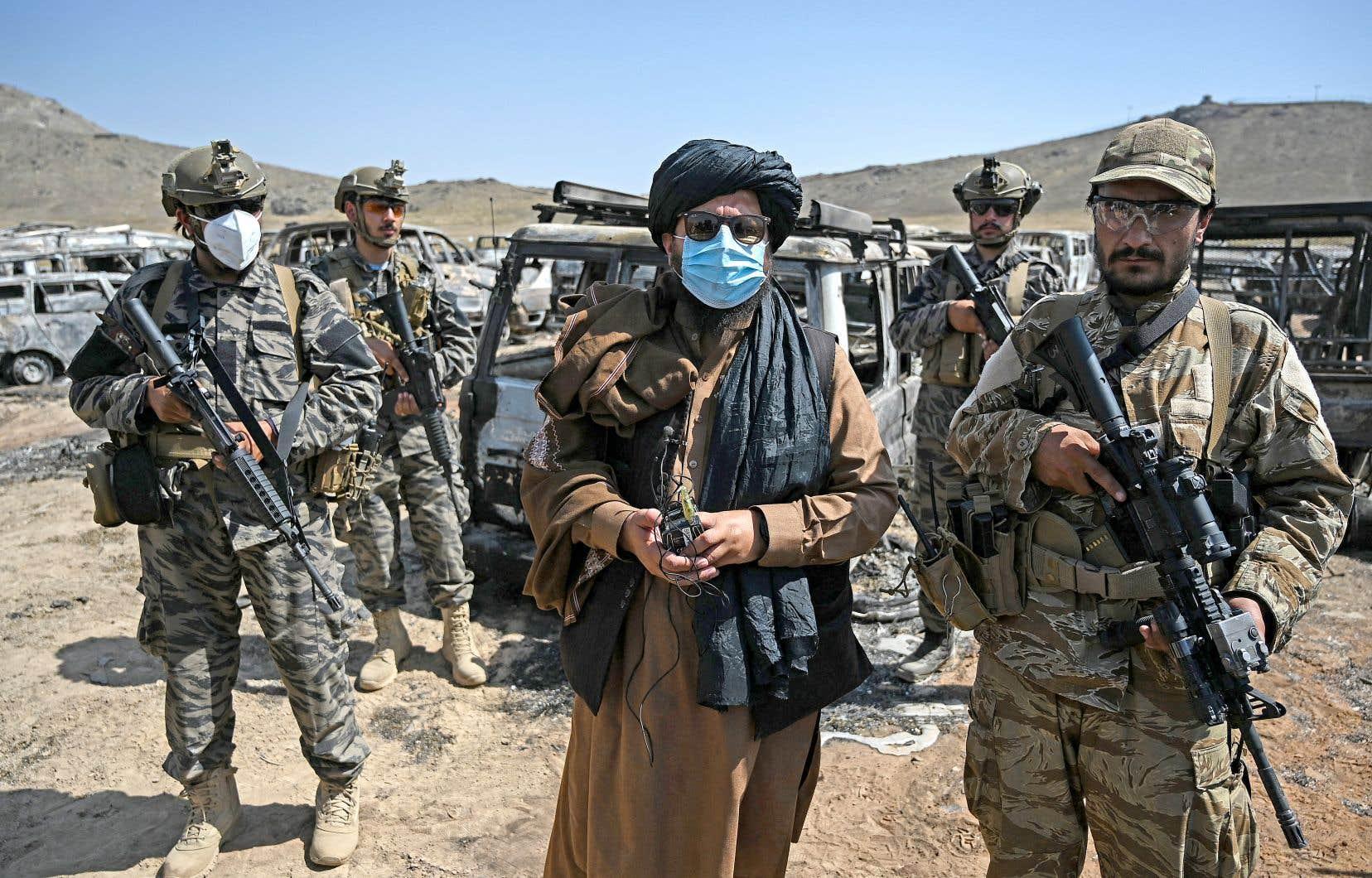 Revenus au pouvoir vingt ans après en avoir été chassés par une coalition emme-née par les États-Unis, les talibans sont attendus au tournant par la communauté internationale, qui les jugera sur leurs actes. Sur la photo, des membres de la Badri 313, l'unité d'élite des talibans.
