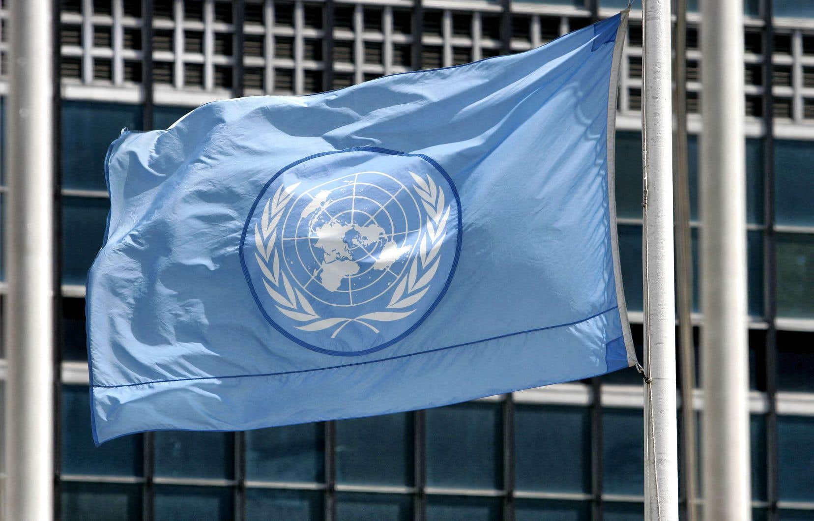 «La relation avec l'ONU est un symbole fort pour les Canadiens, une façon de se distinguer des États-Unis, d'échapper en partie à son emprise», écrit l'auteur.