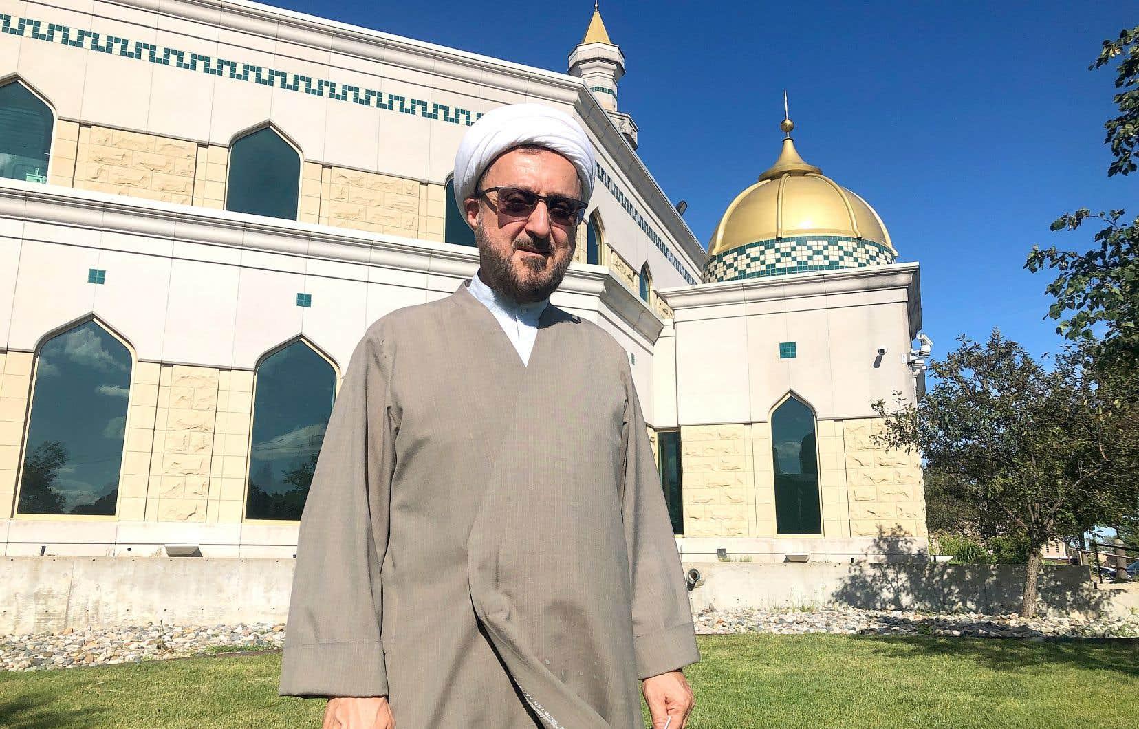 Pour l'imam Ibrahim Kazerooni, les commémorations du 11Septembre, qui approchent, pourraient bien raviver certains sentiments négatifs envers la communauté Arabo-Américaine. Mais pas autant qu'à chaque élection, où les Arabes, avance-t-il, qu'ils vivent ici ou viennent d'ailleurs, redeviennent des boucs émissaires.
