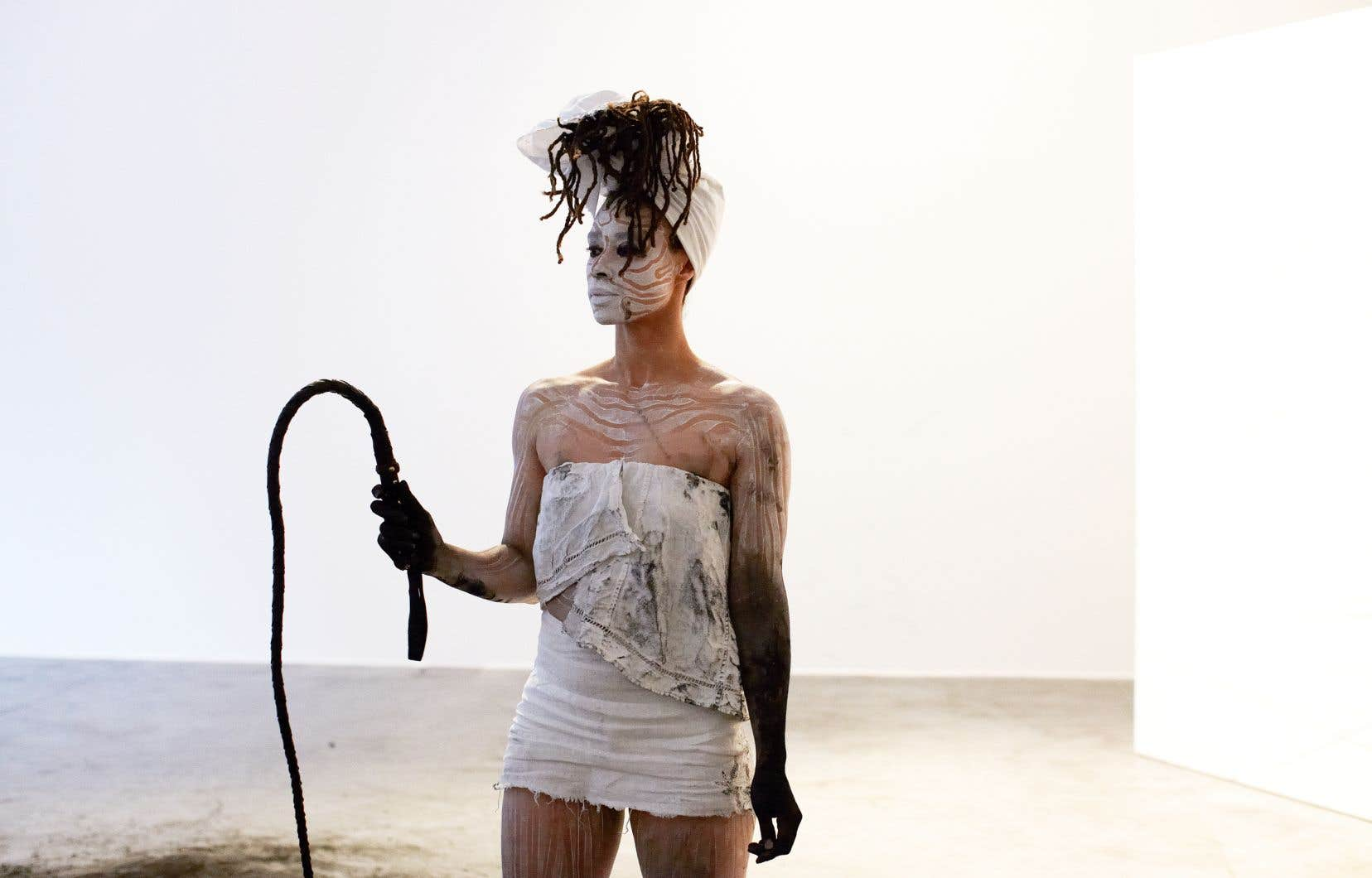 L'artiste dano-trinidadienne Jeannette Ehlers est du programme de performances de la première Af-Flux, la Biennale transnationale noire.