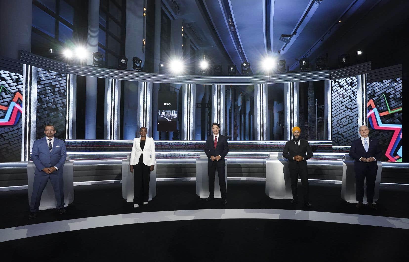 Le débat anglais est la seule chance pour trois des chefs des cinq principaux partis de débattre dans leur langue maternelle et de convaincre les électeurs des provinces à majorité anglophone.
