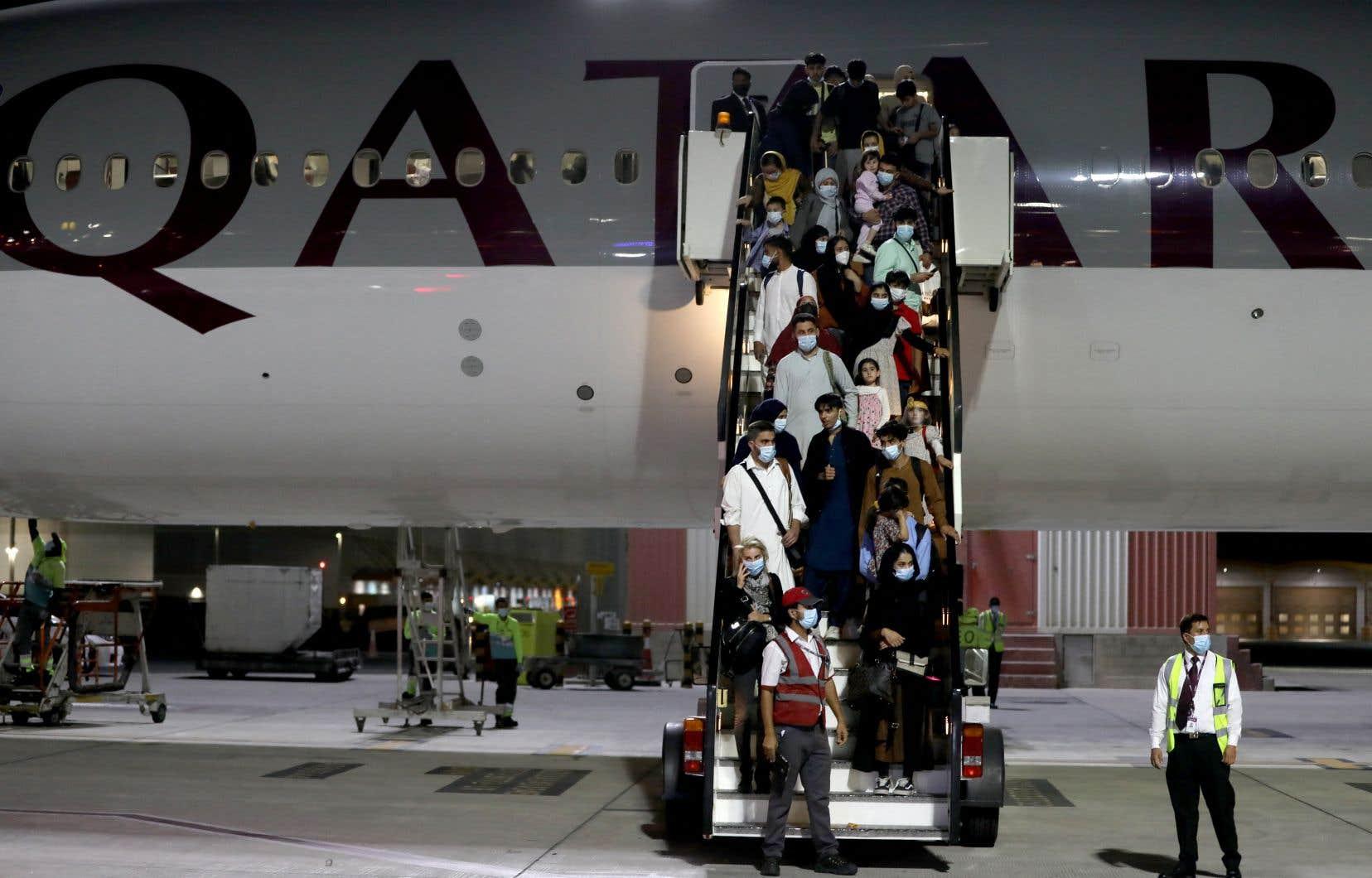 Le ministère français des Affaires étrangères a fait état de 49 Français ou membres de leurs familles dans ce vol.